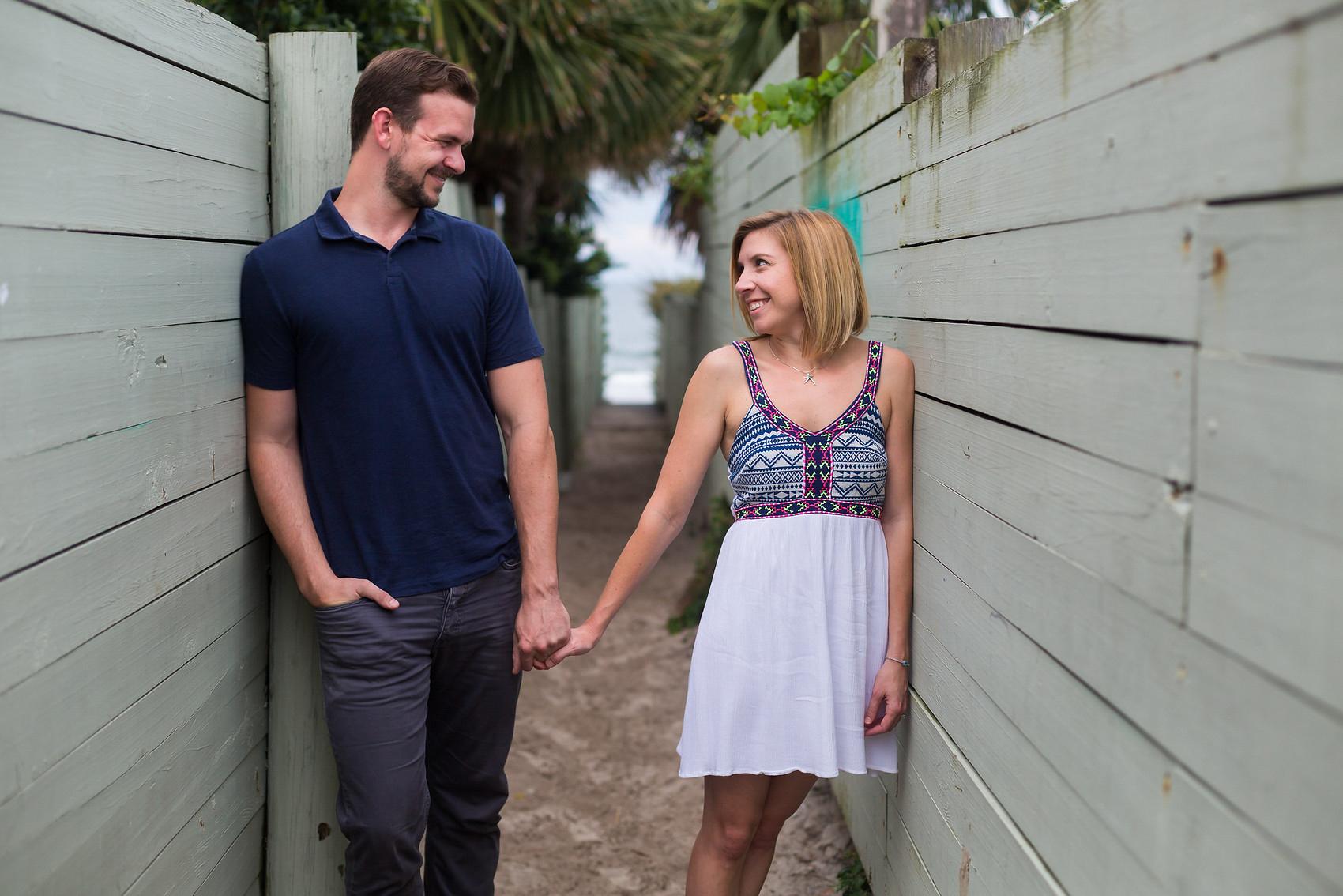 adam-szarmack-jacksonville-wedding-photographer-atlantic-beach-engagement-pictures-19.jpg