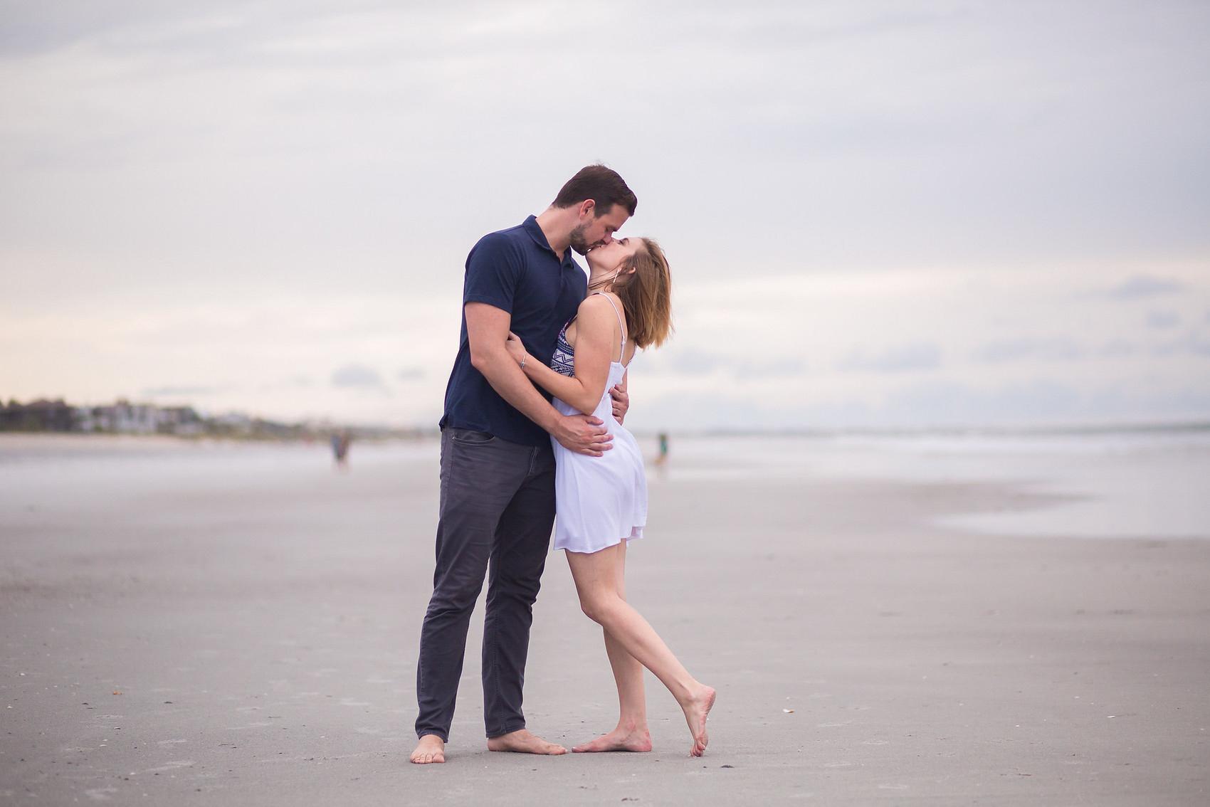 adam-szarmack-jacksonville-wedding-photographer-atlantic-beach-engagement-pictures-31.jpg