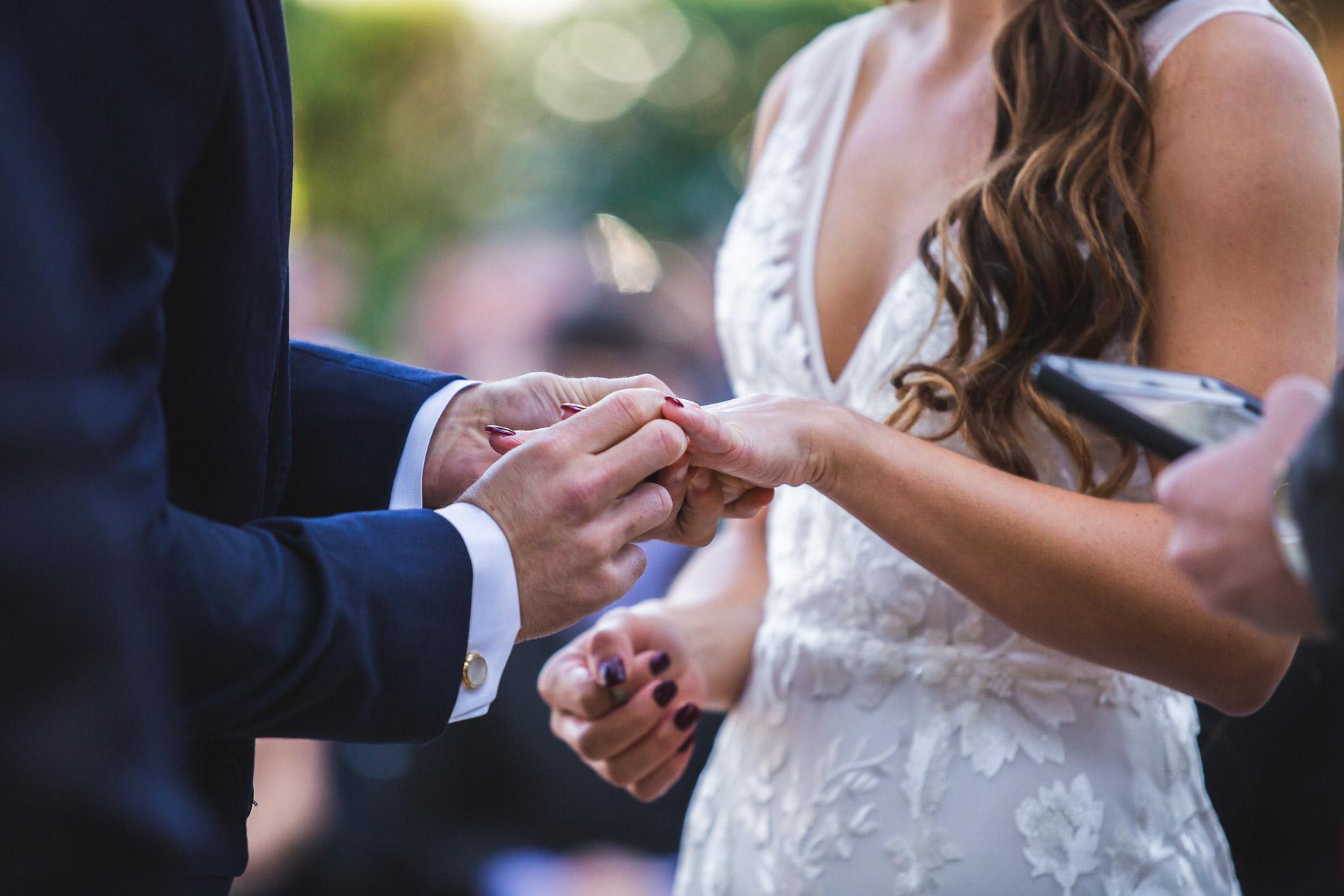 adam-szarmack-bowing-oaks-wedding-photographer-jacksonville-79.jpg