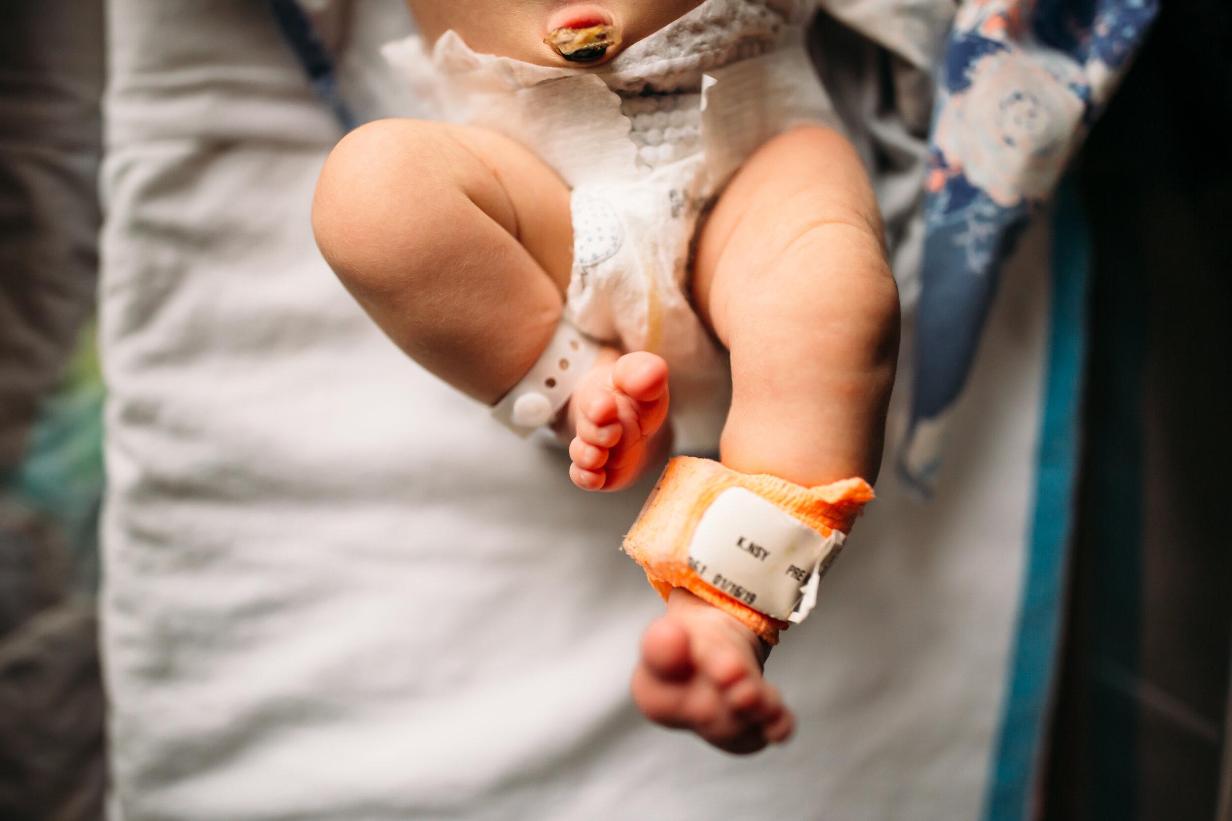 Fresh 48 Newborn Sessions -