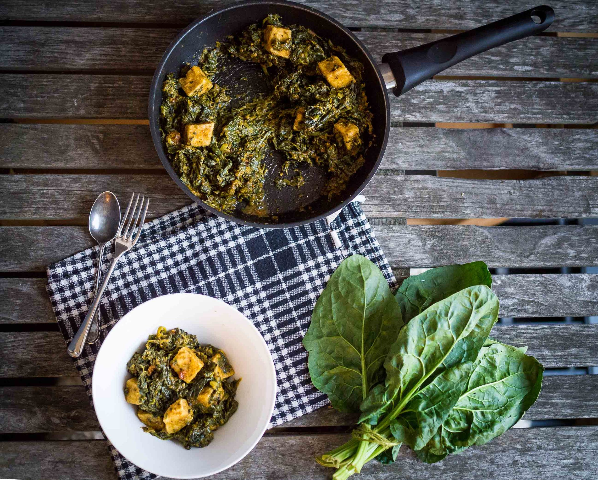 Bowl of Saag Tofu with spinach | Saag Tofu | Indian Food | DiscoverDelicious