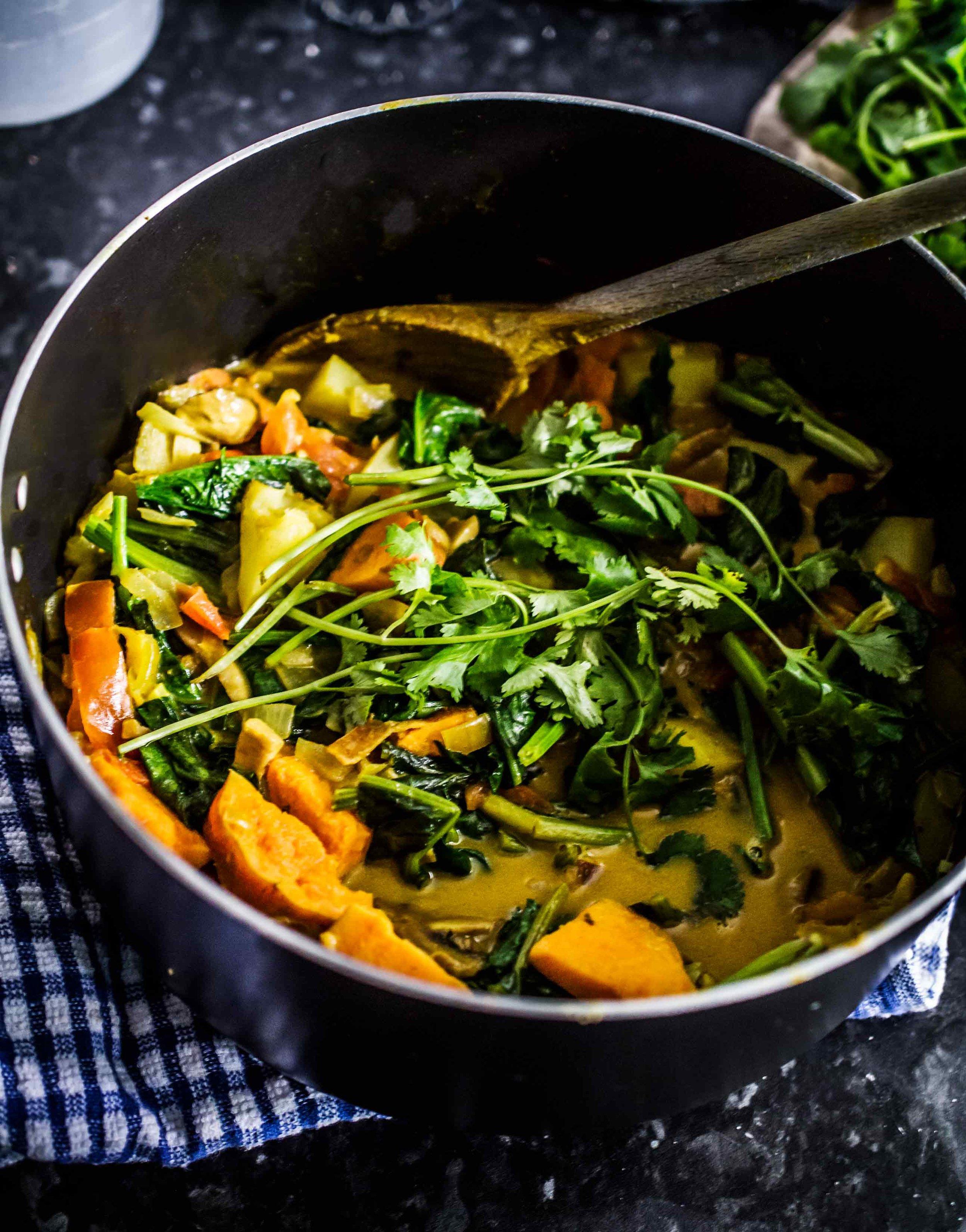 Potato mushroom coconut curry Indian food | Dartmouth | www.discoverdelicious.org | Vegan Food Blog