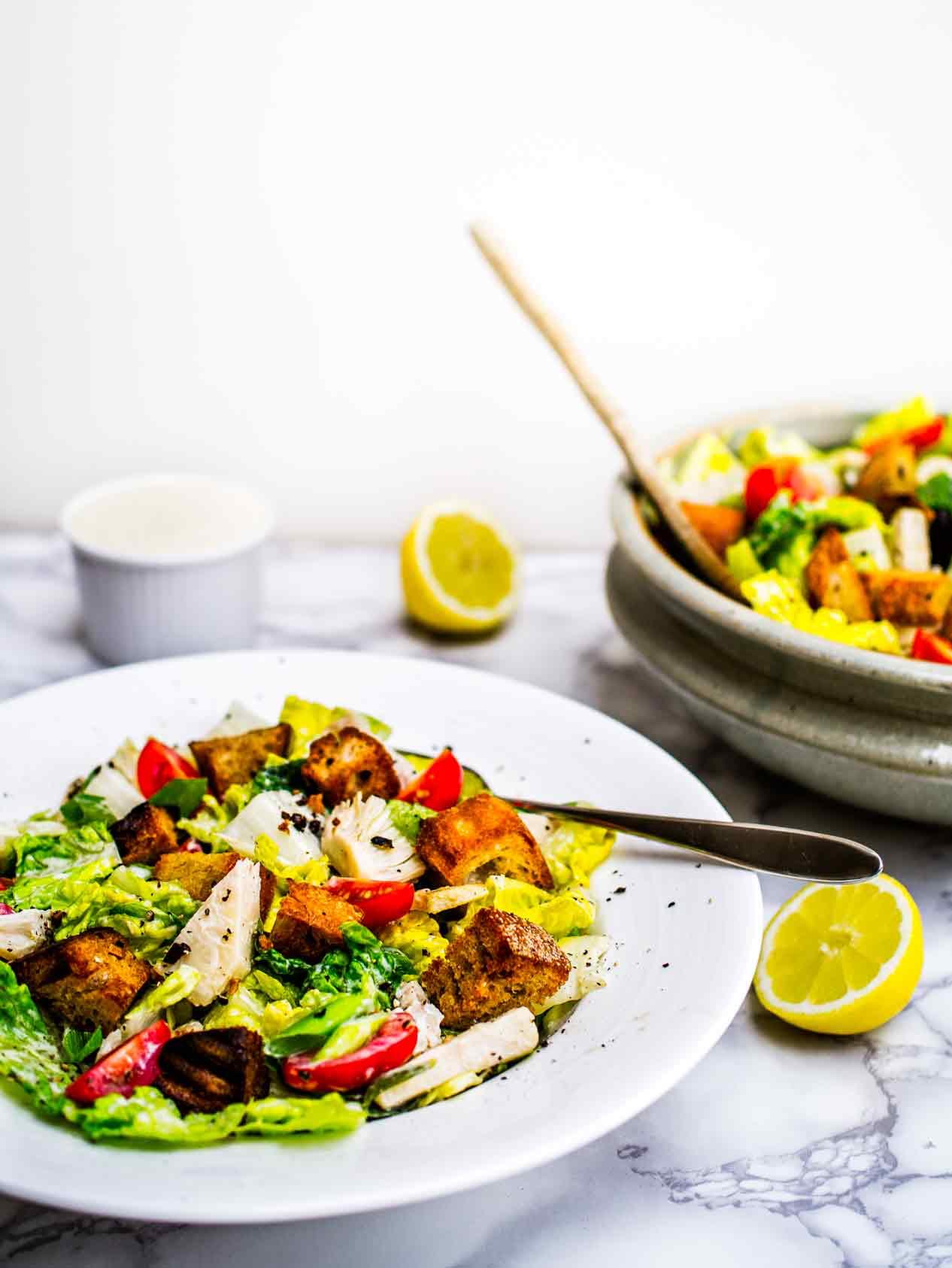 Jackfruit Caesar Salad | Discover Delicious | www.discoverdelicious.org | Vegan Food Blog