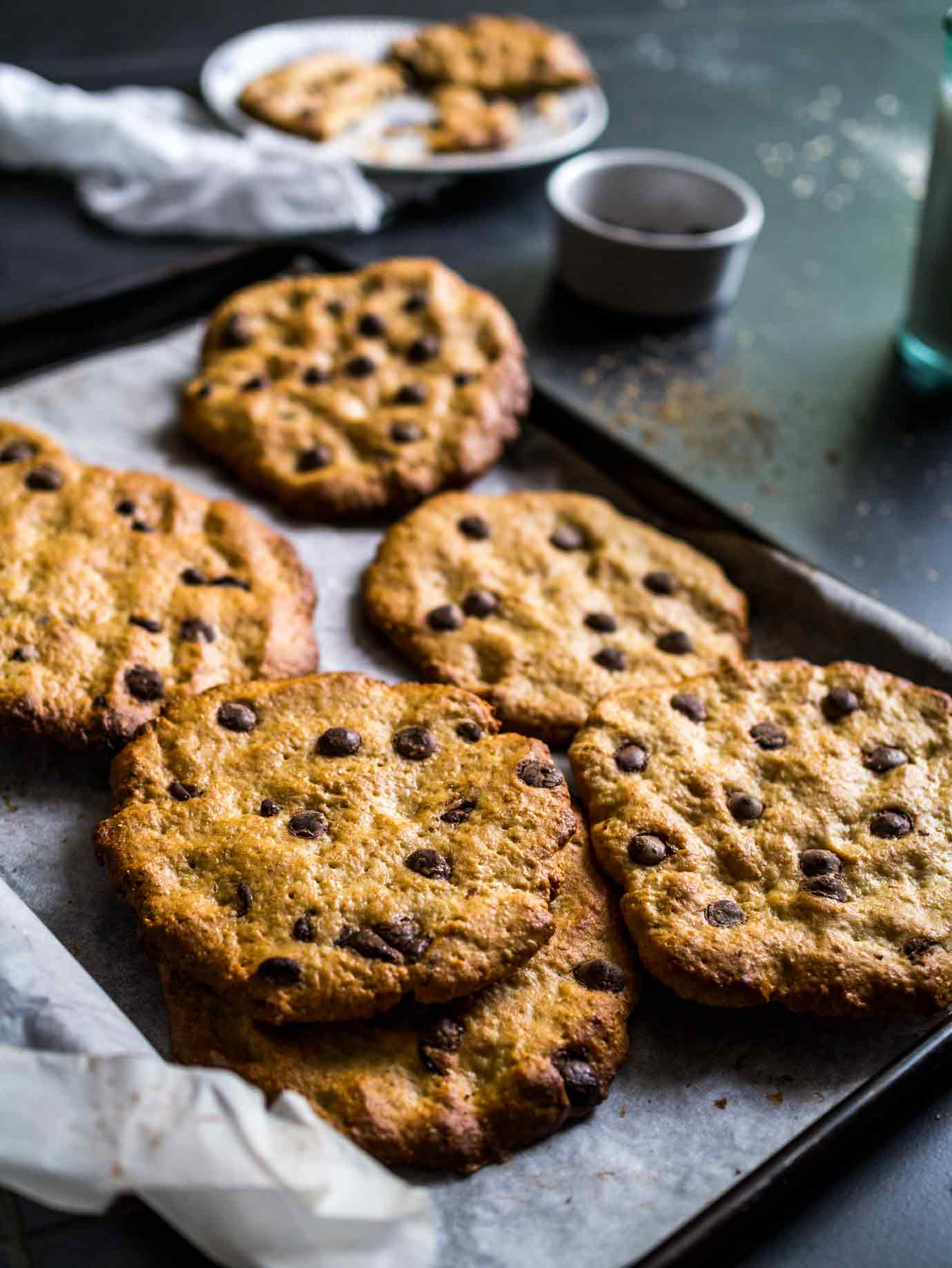 These soft and gooey Peanut butter + Chocolate Chip Cookies are soft, indulgent, easy to make and 100% vegan! No obscure ingredients either.  #recipes #cookie #easy #recipe #choc #oats #chewy #crunchy #oatmeal #eggless