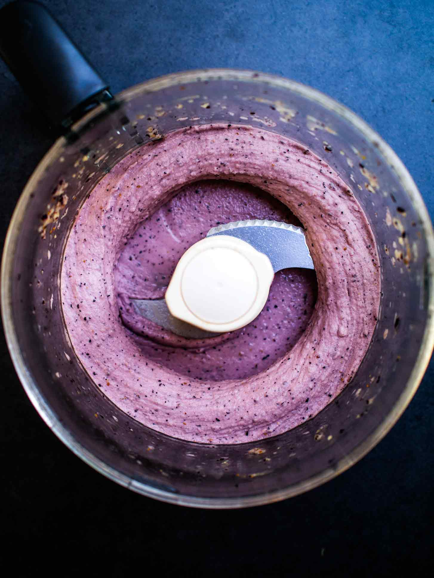 Simple 3-ingredient Blueberry & Banana Smoothie Bowl! #recipe #vegan #vegan #berry #breakfast #easy #healthy