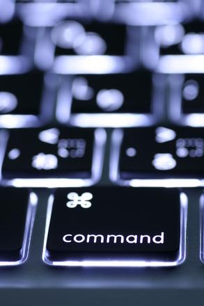 luminous-keyboard-2-1242301.jpg