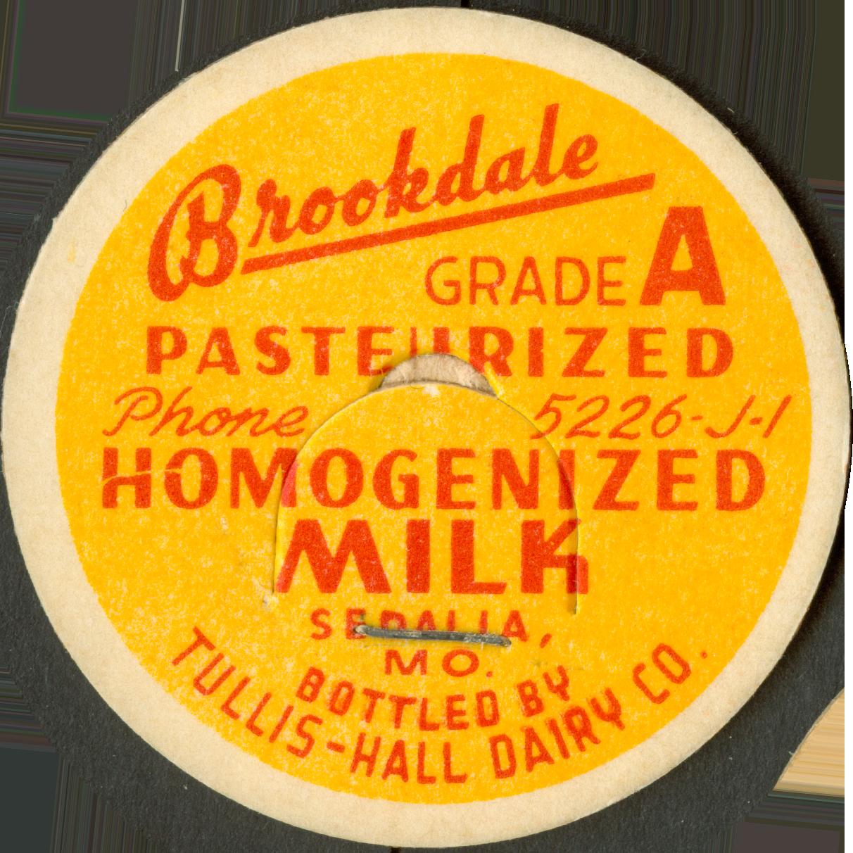 VernacularCircle__0000s_0050_Brookdale-Homogenized-Milk.png