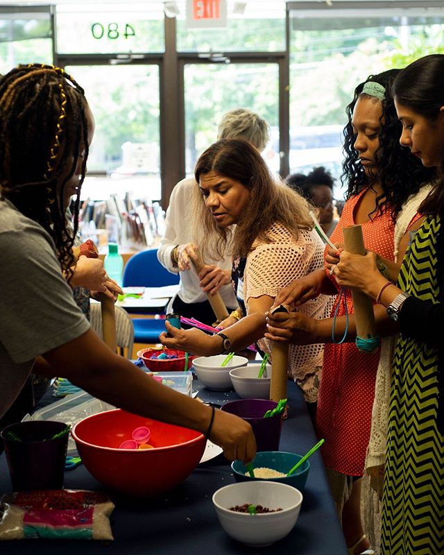 Do you want to stay up-to-date at what's going on at the institute? We have workshops, training starting next May, a blog, classroom activities, and much more in our free monthly newsletter. You can subscribe at the link in our bio! . #montessori #connect #fila #weloveatl #earlychildhood #infanttoddler #montessorieducation #earlychildhoodeducation #teachertraining #followthechild #lightofthechild