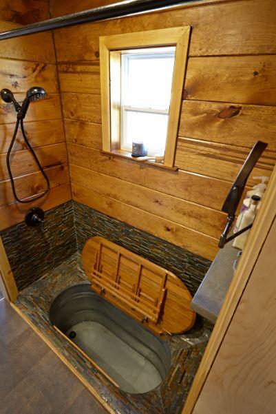 Weav Bath open.JPG
