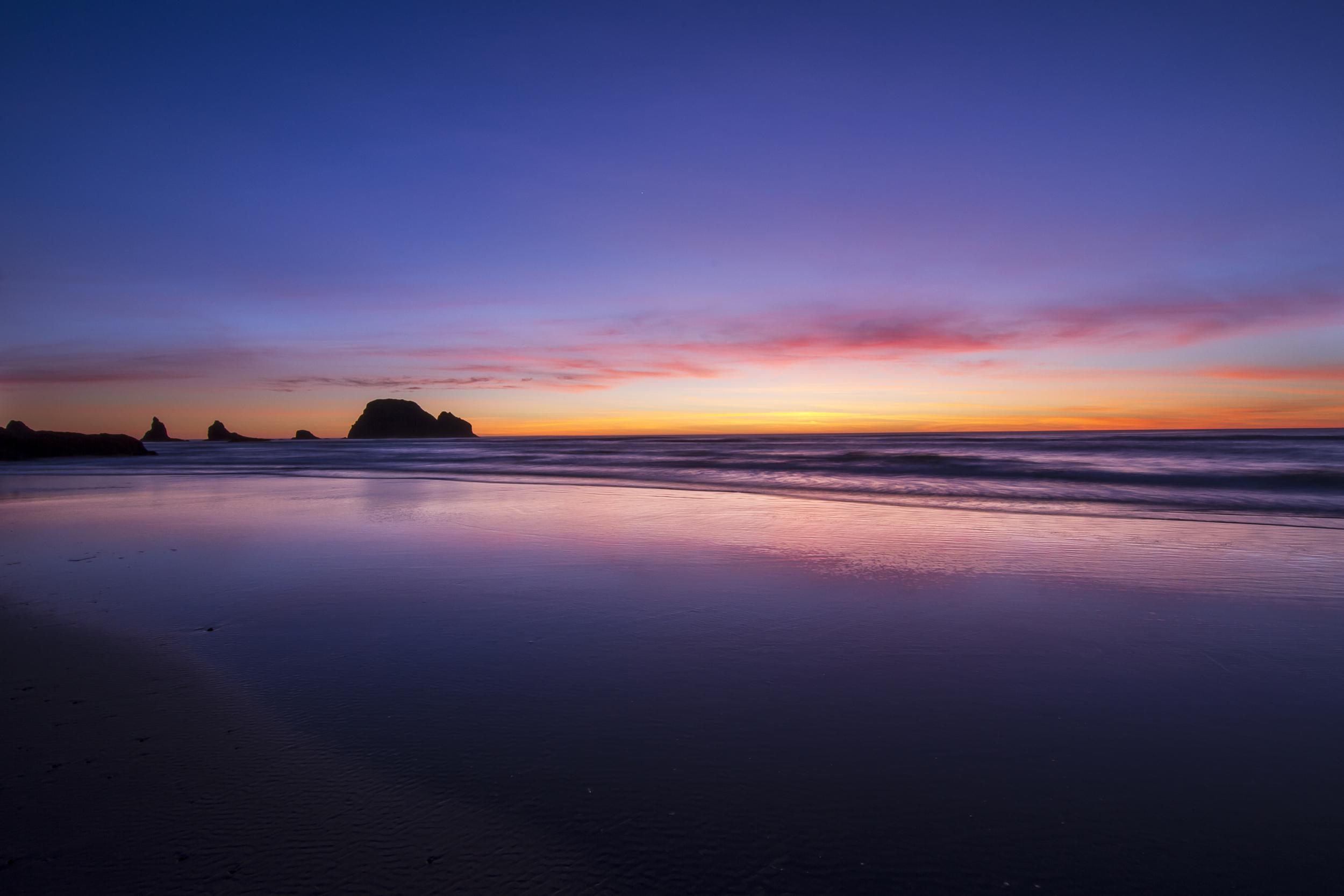 Hidden Oceanside Beach Oregon.jpg