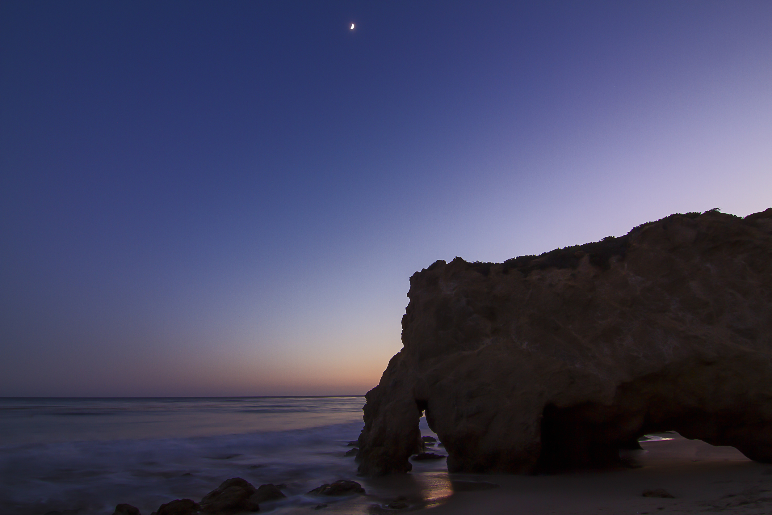 Moon over El Matador as Smart Object-1.jpg