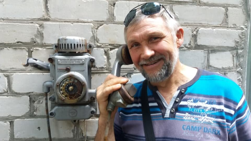 Fedor Bespalov busy with ministry on the phone in Ukriane.