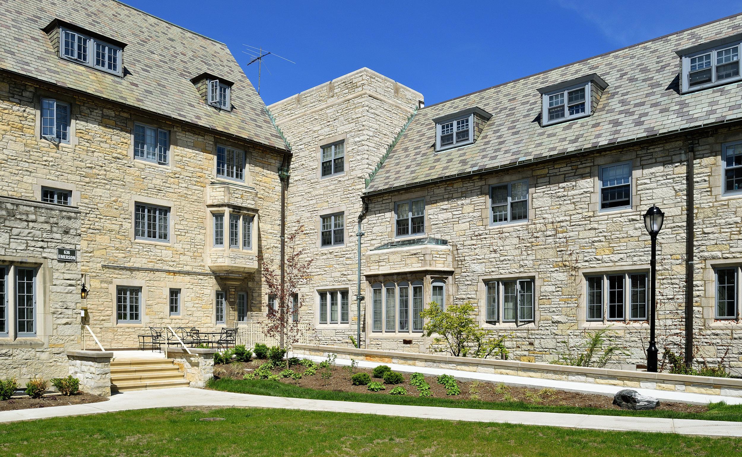Northwestern University - Pi Beta Phi