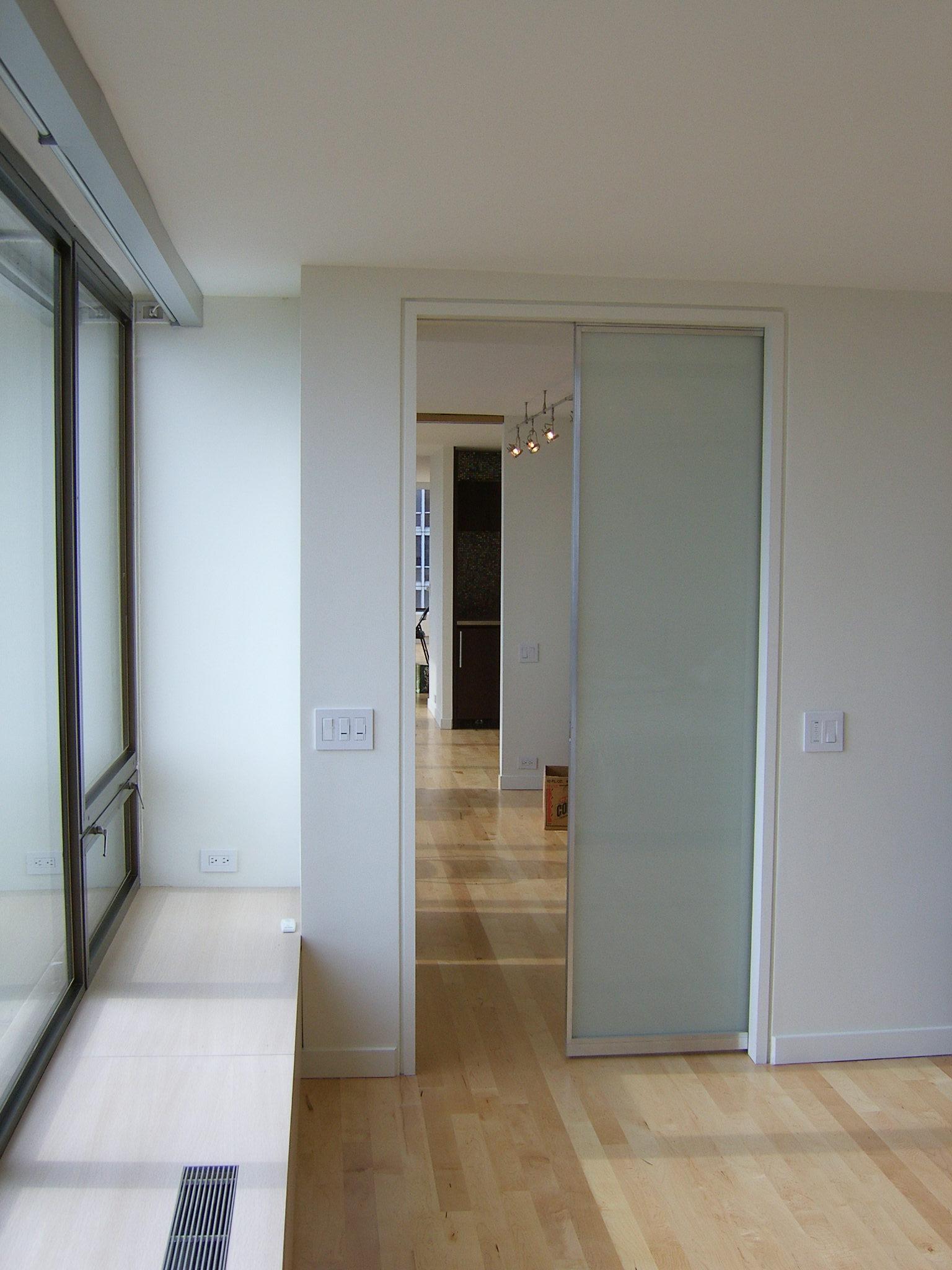 Lake_Shore_Drive_Residence_Interior_Pocket_Door.JPG
