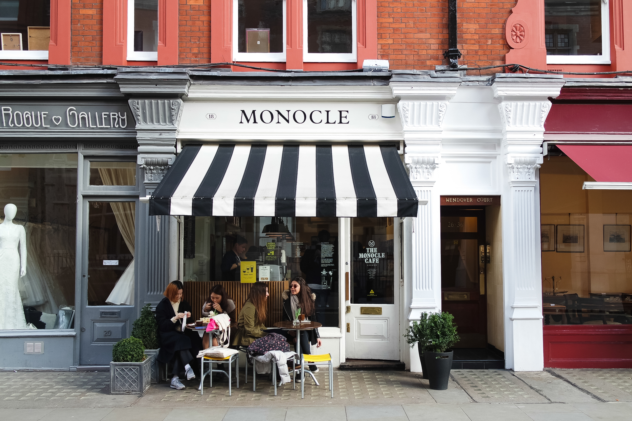 Monocle Cafe