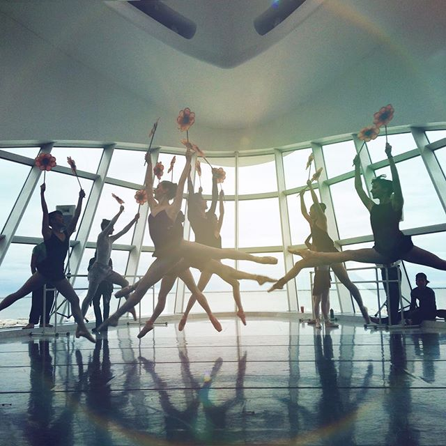 """If you get lost in space, just keep dancing, keep being a flower"" - this was the phrase from the Milwaukee Ballet dance instructor that stuck with me this morning, while watching The Nutcracker rehearsal at the Milwaukee Art Museum. I wrote it down immediately... it was like music to my ears, a message to my soul. I reminded me... in life, that when you feel out of sync, lost, confused or stuck ... you just need to keeping dancing through the journey, enjoying the ride.  Return to your being. Just BE. You will find your way back, when you keep reaching for the light, you will bloom. You will feel your way back into the rhythm of your soul, just like a dance. Move with grace. Smile. And when you do things from your soul, you feel a river moving in you. A joy. No matter where you are on your path, whether feeling lost or in sync... you are always beautiful and always filled with light. You are beautiful in your highs and beautiful in your lows. Seek the beauty in life and it will reflect back at you ten fold. Just. Keep. Dancing. Keep being a flower. - Never forget that.  I caught this miracle of a magial moment this morning.. about an hour ago. So grateful the Art Organizations put on this completely free event. There are few things I love more than supporting art and culture into a community. Now I want to be a ballerina too! #beautyeverywhere"