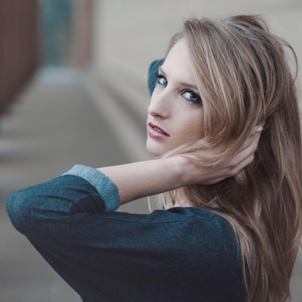 Melanie Meriney - Nashville, TN