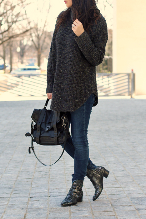 Oversized Sweater Style