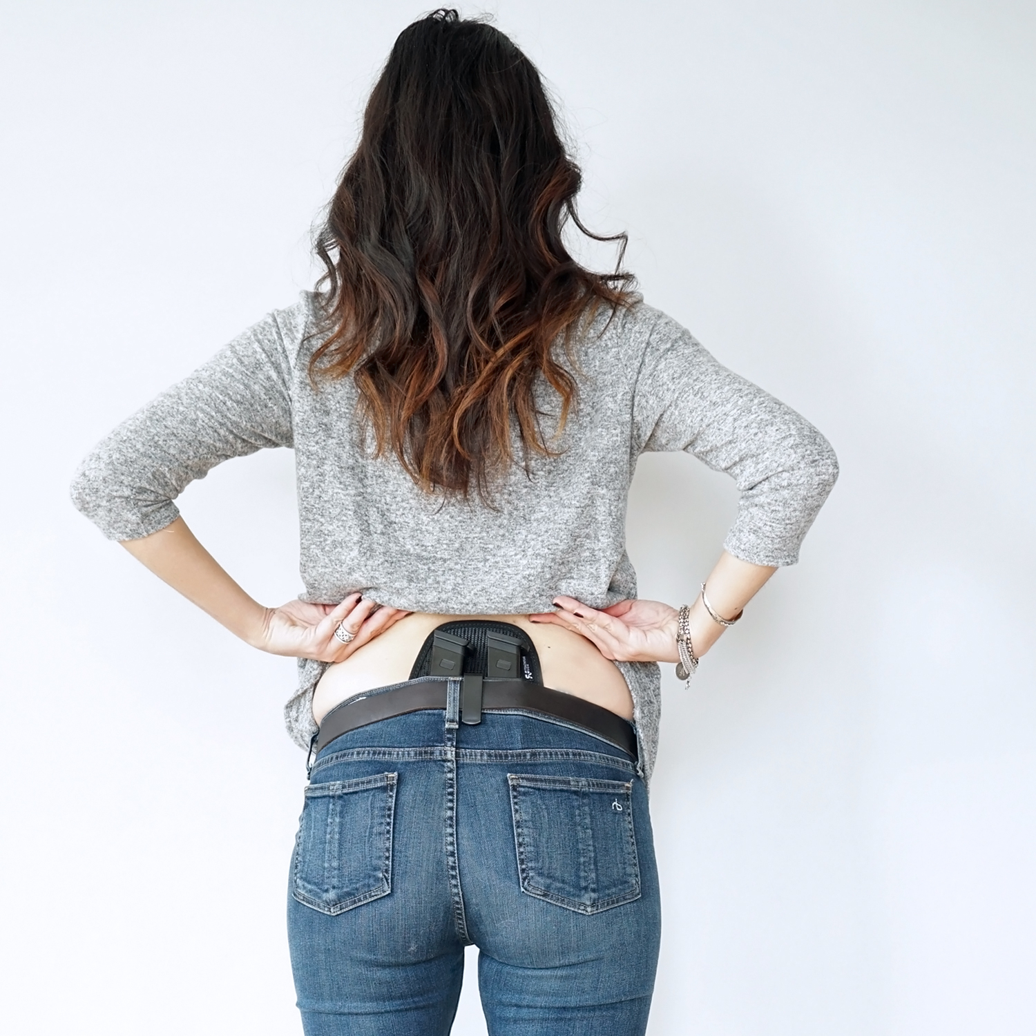 How to Concealed Carry Spare Magazines