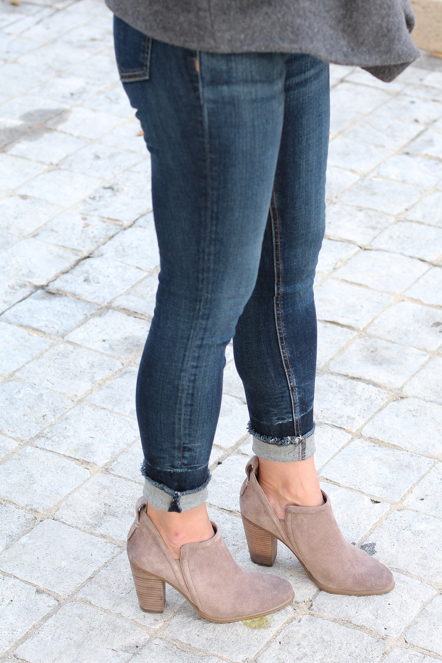 Neutral Ankle Boots and Jeans Outfit
