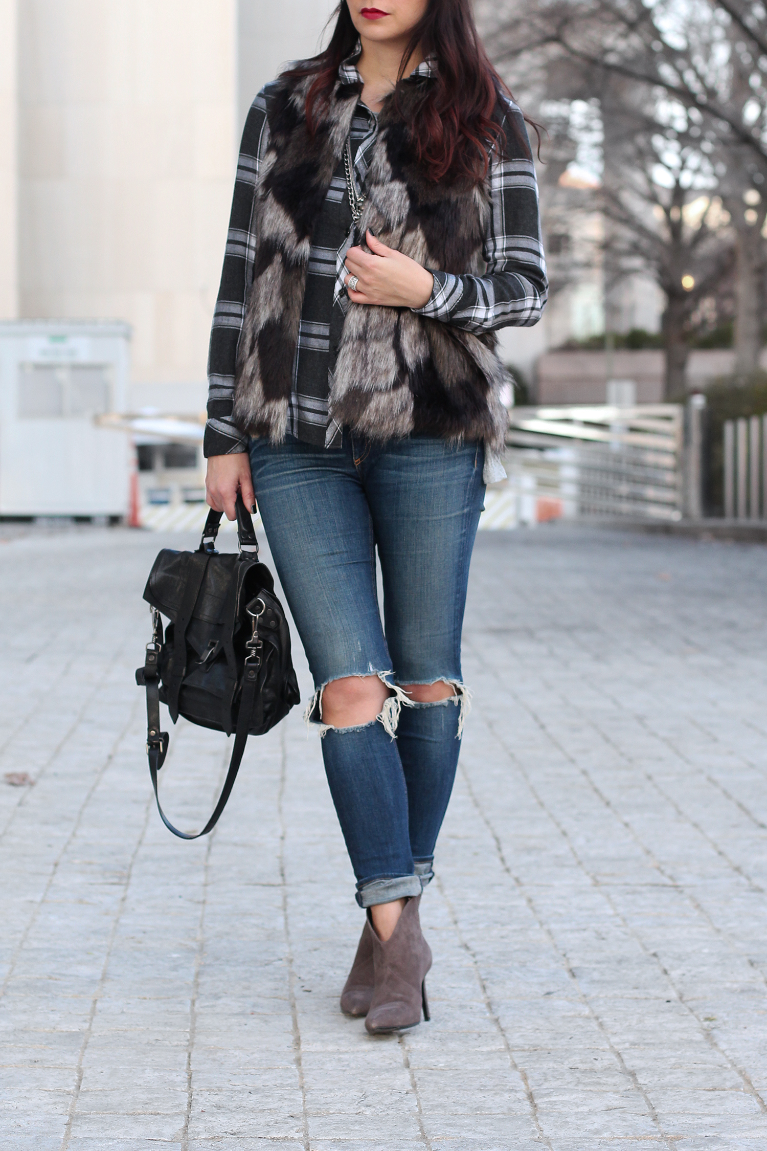 Cute Distressed Jeans Outfit