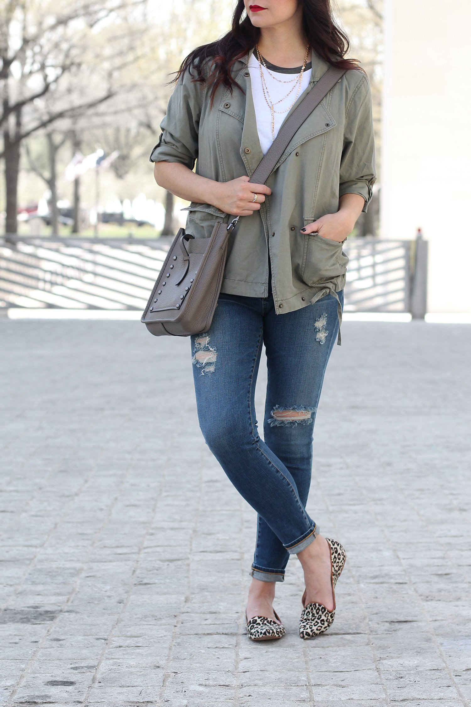 Cute distressed outfit for weekend