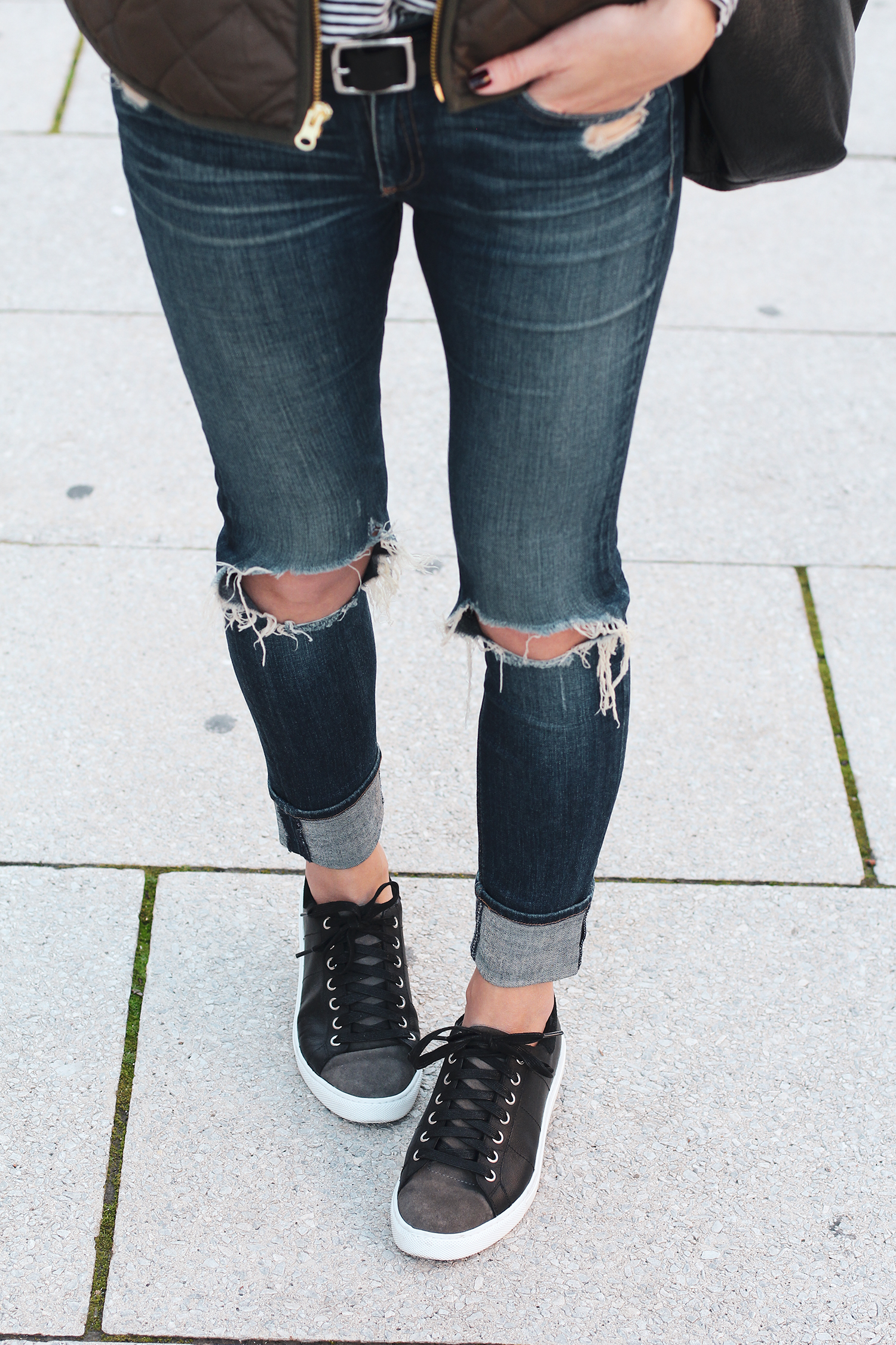 Casual Sneakers, Sneakers with Jeans Outfit