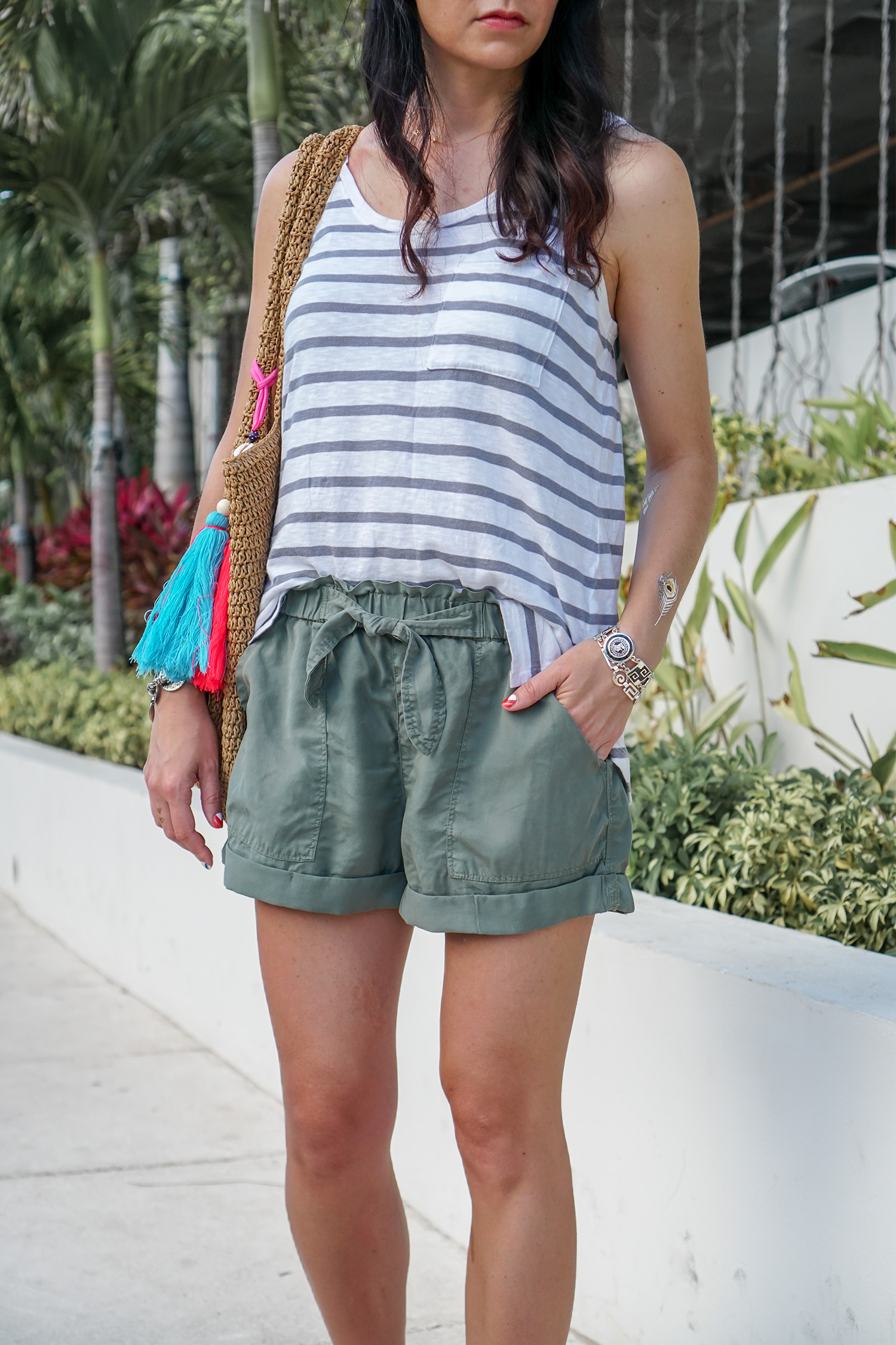 American Eagle Shorts, Dolce Vita Cait Sandals, Hat Attack Bag, Cute Vacation Outfit
