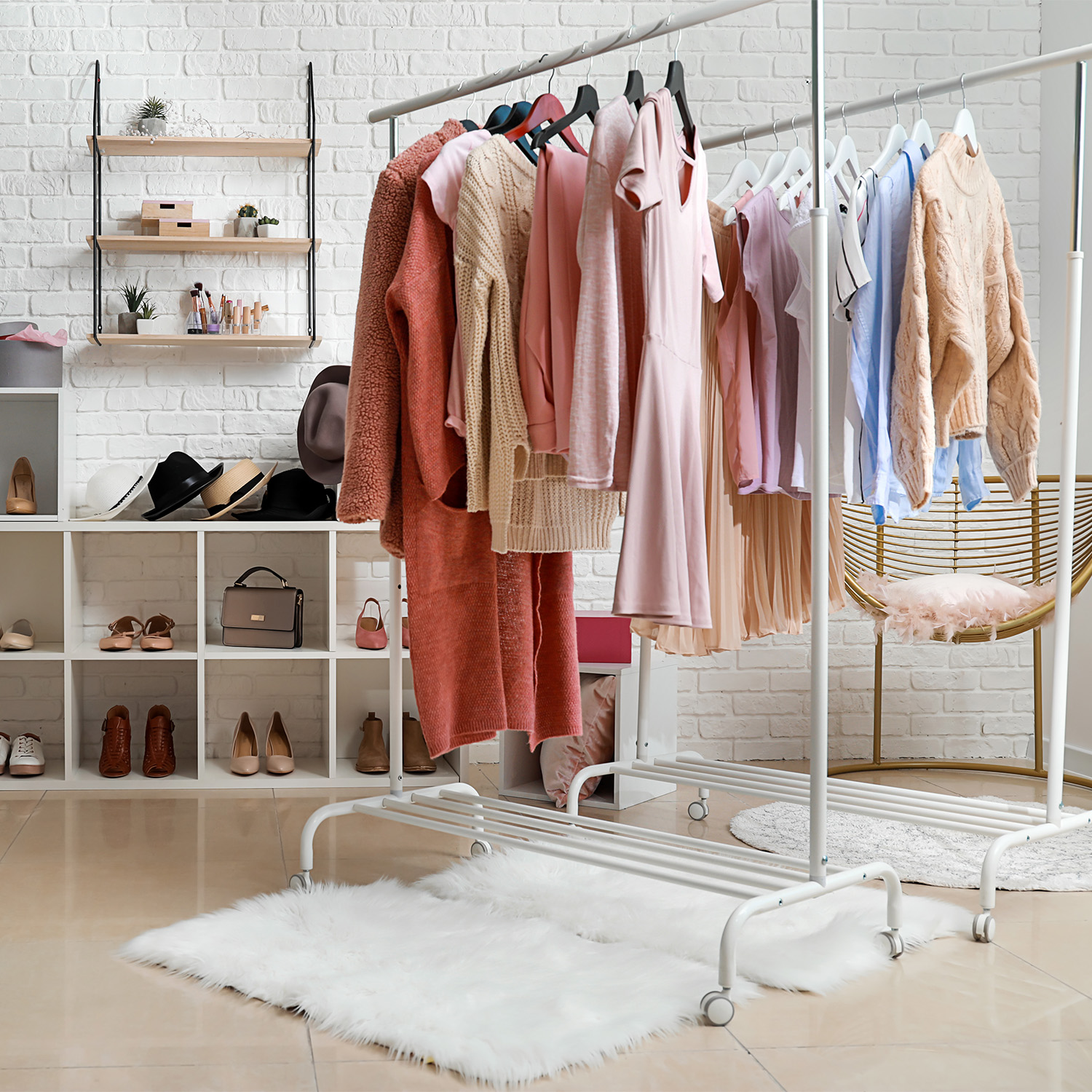 Tips for Cleaning Out Your Closet; Spring Cleaning