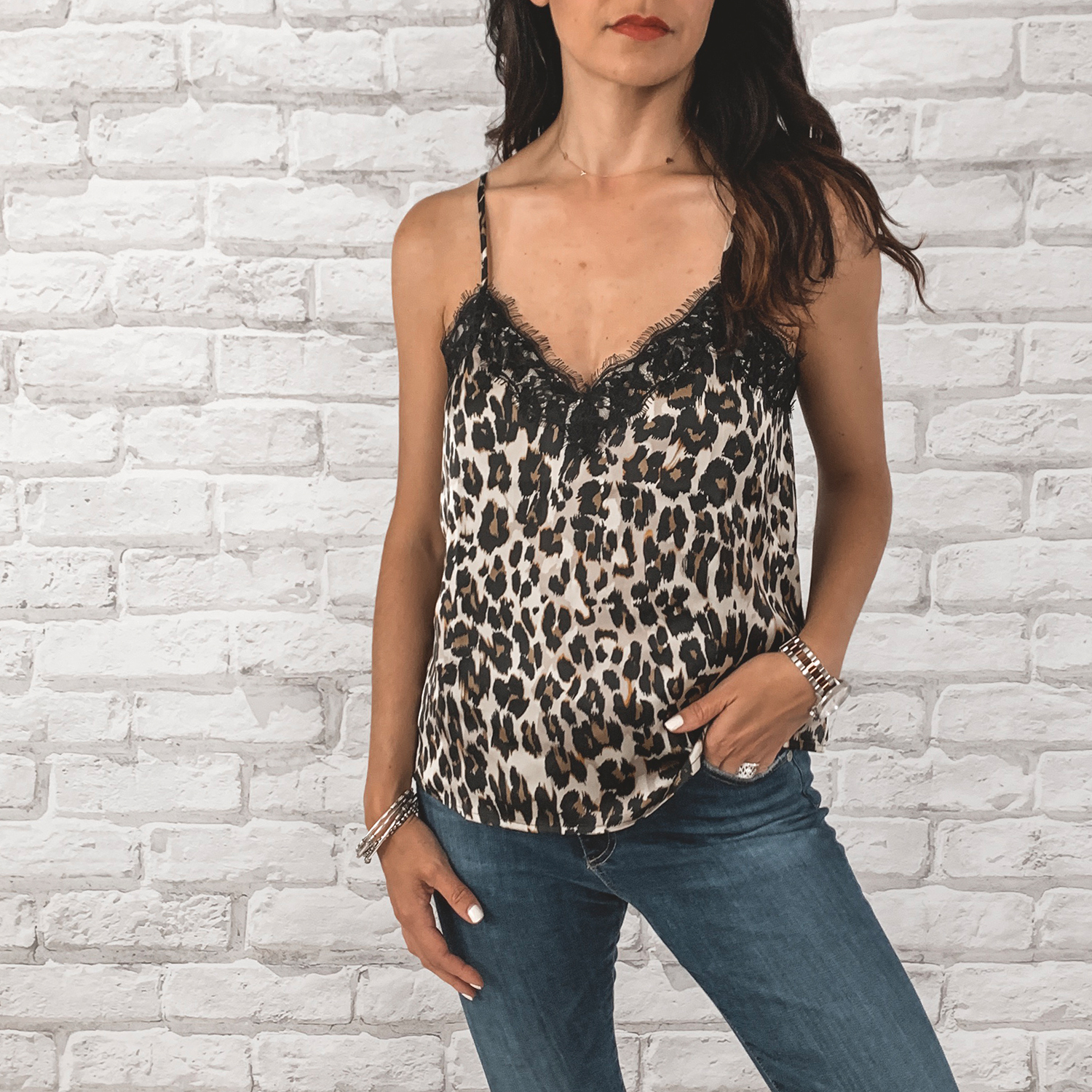 — OUTFIT DETAILS —    BP. Lace Trim Camisole Top    {Anniversary Price: $25.90 | After Sale: $39.00 | Wearing: Small}  |   AG Farrah High Waisted Skinny Jeans      {Anniversary Price: $149.90 | After Sale: $225.00 | Wearing: 26}       — CCW DETAILS —    StealthGearUSA Holster     |   Belt   | Glock 43