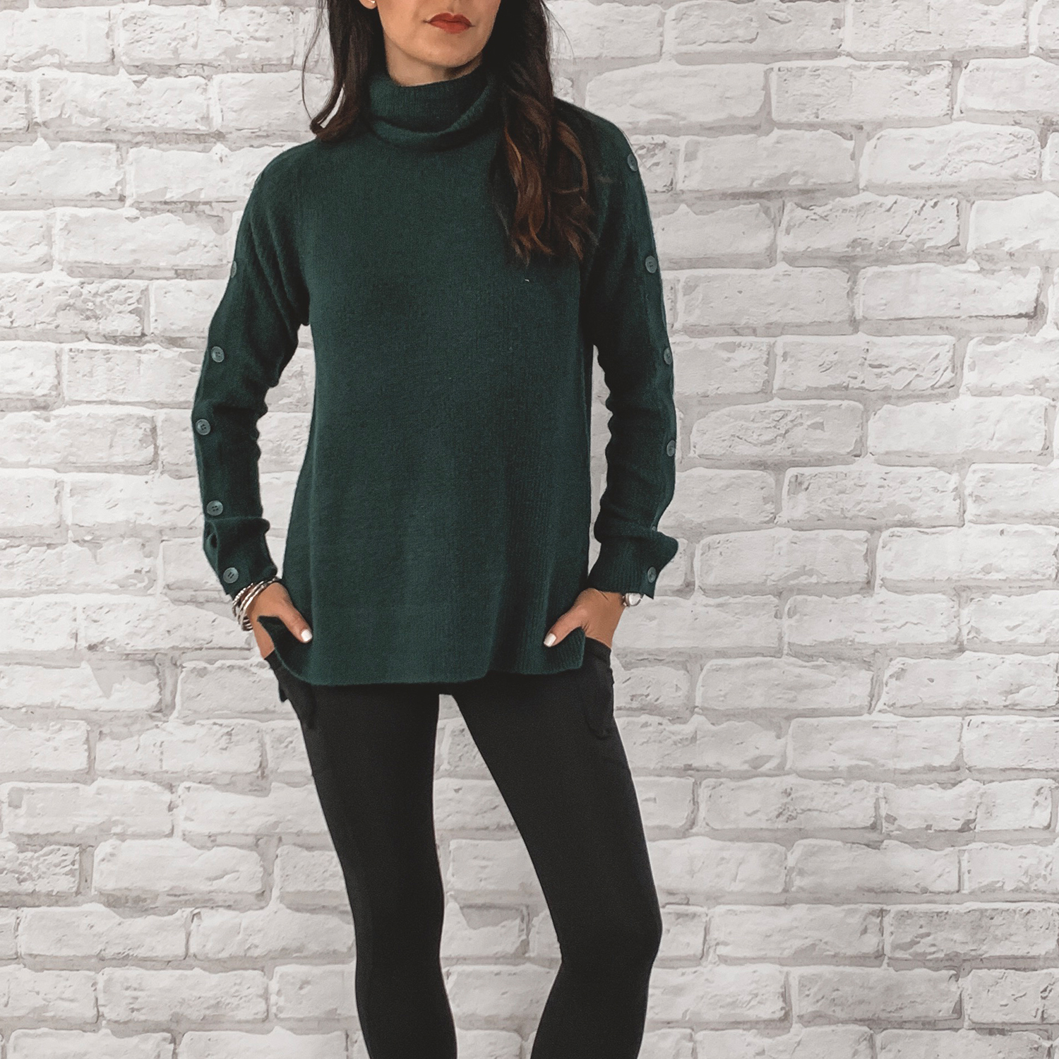 — OUTFIT DETAILS —    Halogen Button Sleeve Sweater      {Anniversary Price: $49.90 | After Sale: $79.00 | Wearing: Extra Small}  |     Alexo Athletica Stealth Leggings      — CCW DETAILS —    Alexo Athletica Stealth Leggings     | Glock 43