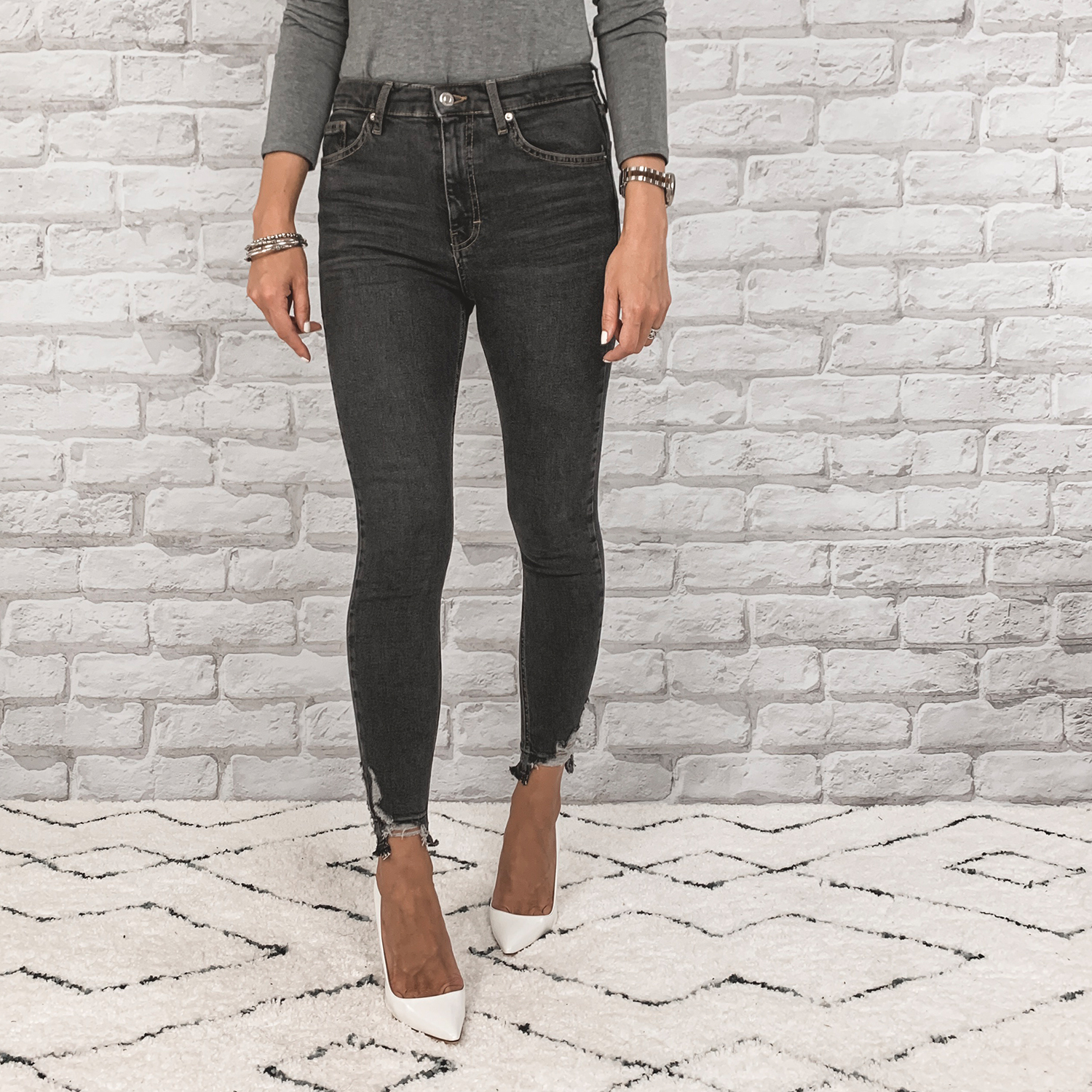 — OUTFIT DETAILS —    Topshop Jaime High Waisted Jeans    {Anniversary Price: $49.90 | After Sale: $75.00 | Wearing: 28}  |  Manolo Blahnik   (not part of the sale)