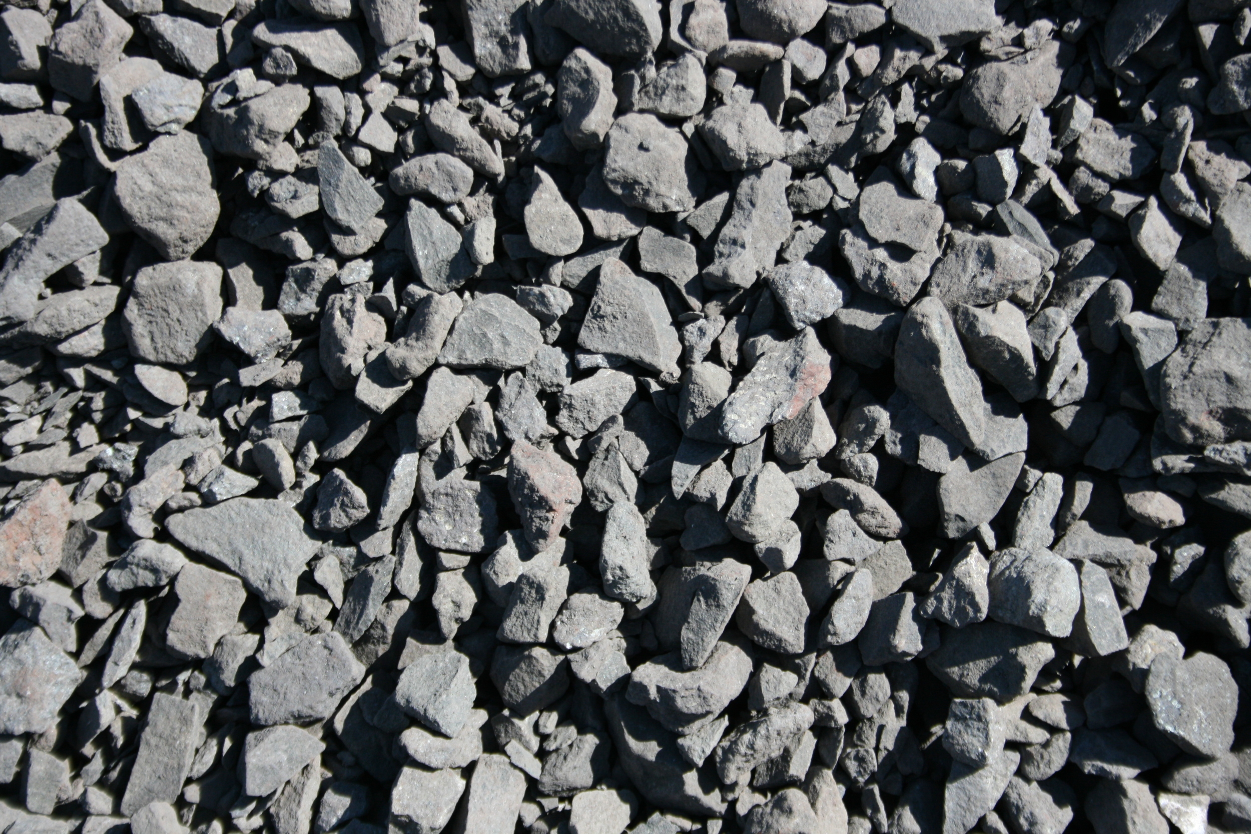 """1 1/2""""-0"""" (one and a half inch minus) GREAT ROCK FOR DRIVEWAYS, ROADS AND PARKING LOTS $9.50/ton"""