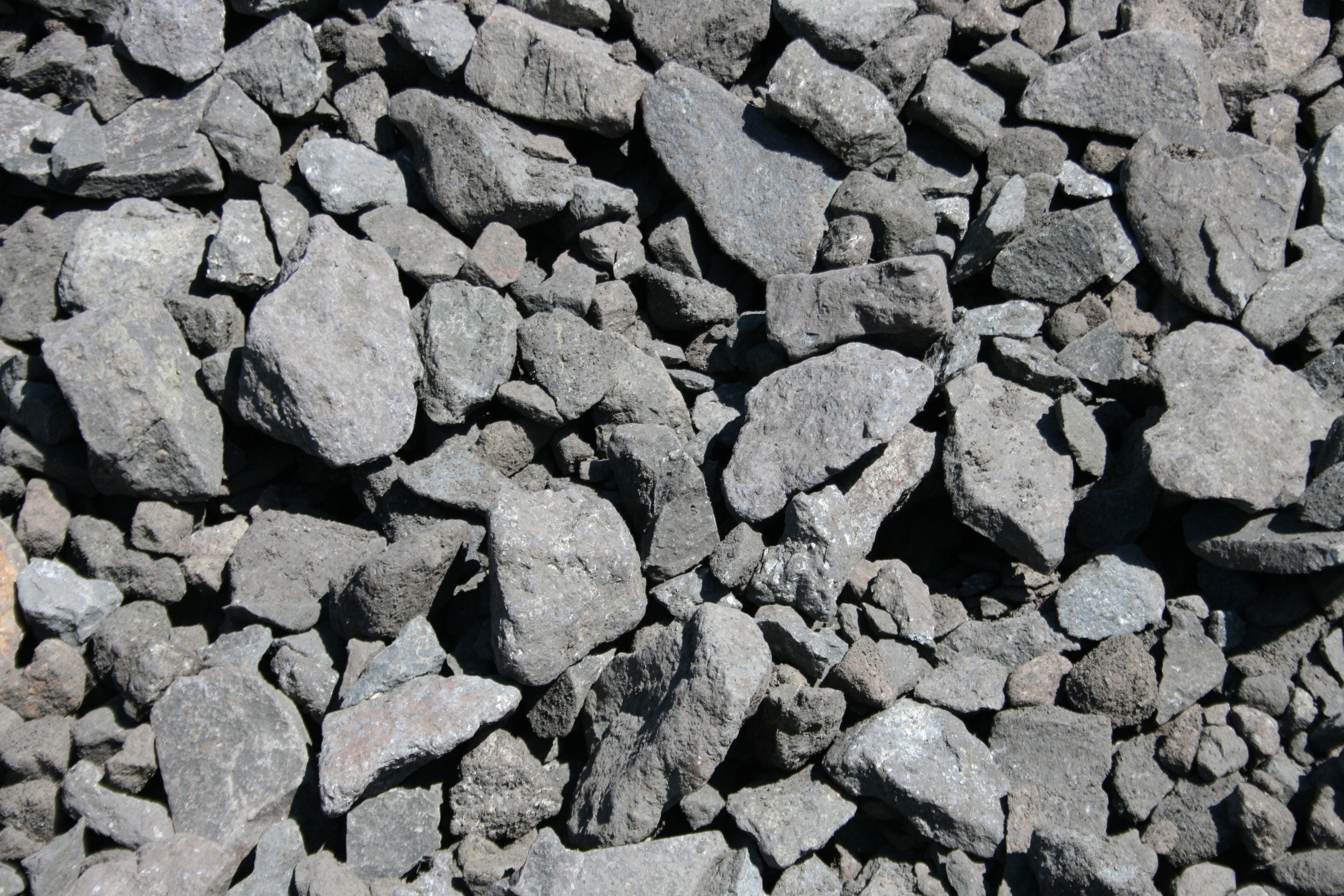 """3""""-0"""" (three inch minus) GREAT ROCK FOR ROAD BASE $9.50/ton"""