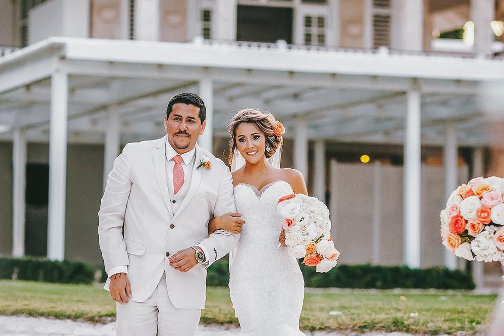 Dominican+republic+destination+wedding-3.jpg