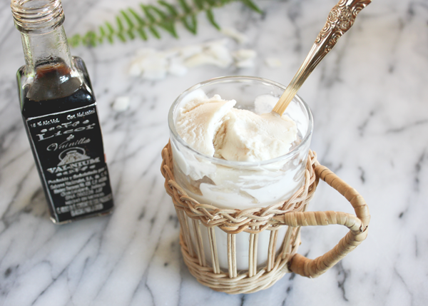 vanilla-liqueur-ice-cream-4.png