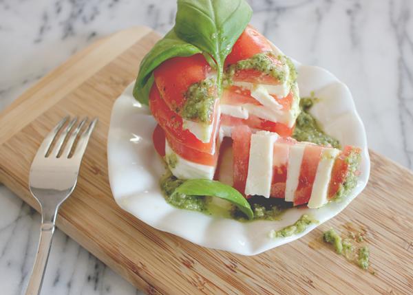 tomato-mozerella-appetizer-4.png