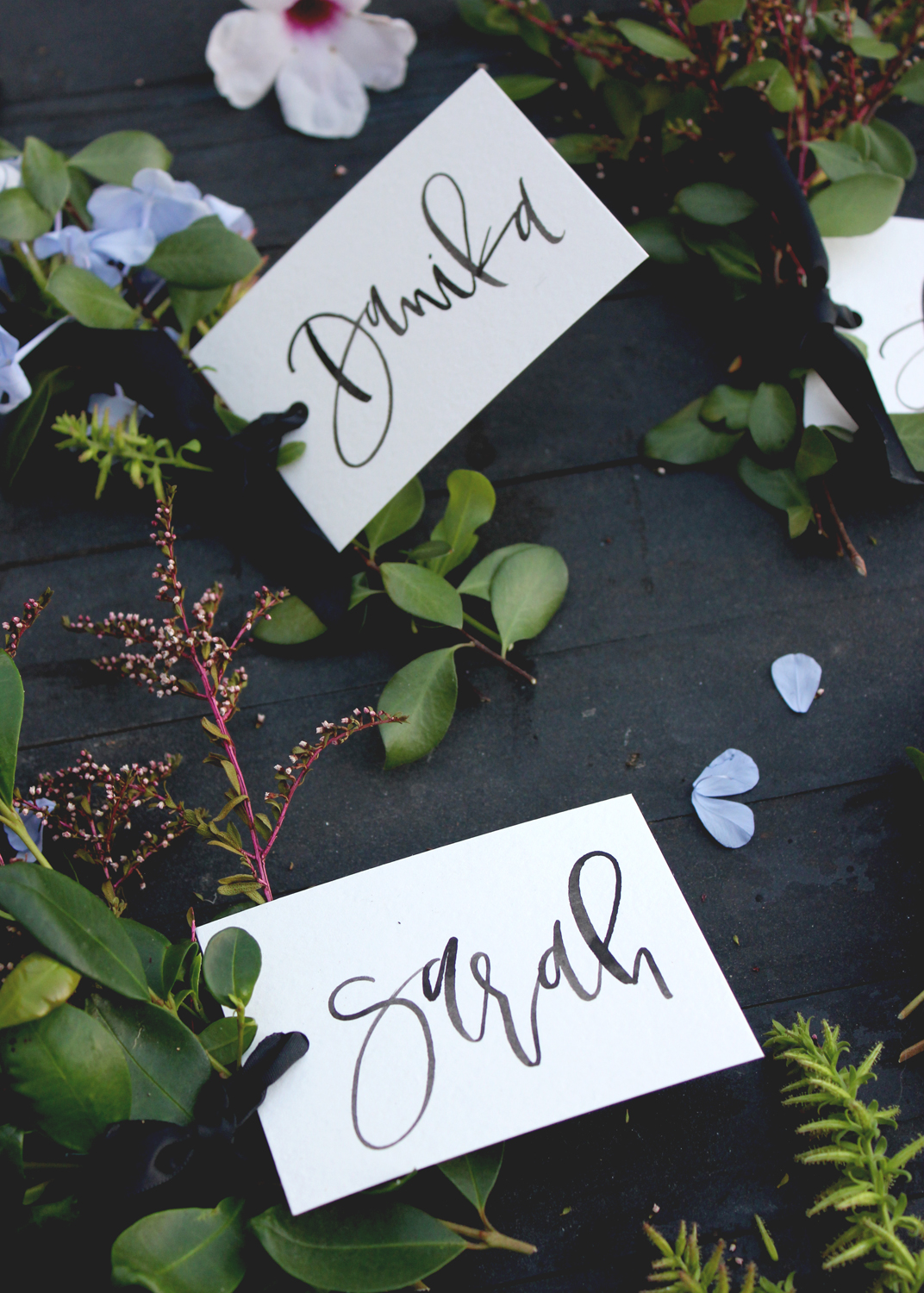 Flower Bundle Place Cards | A Fabulous Fete