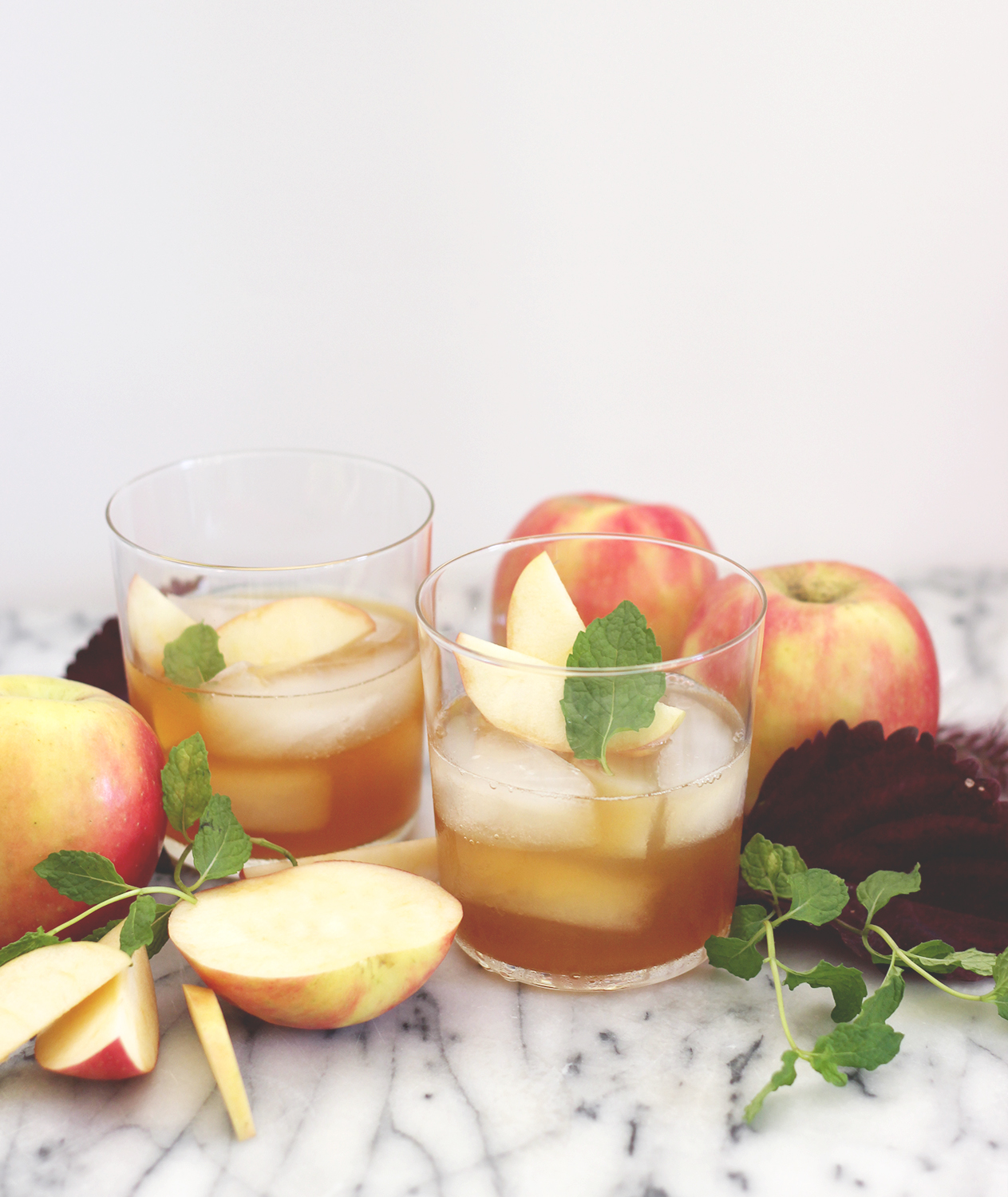 Fall Apple Cocktails | A Fabulous Fete