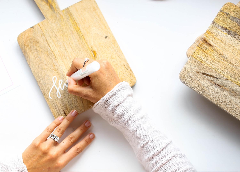 Cutting Board Lettering | A Fabulous Fete