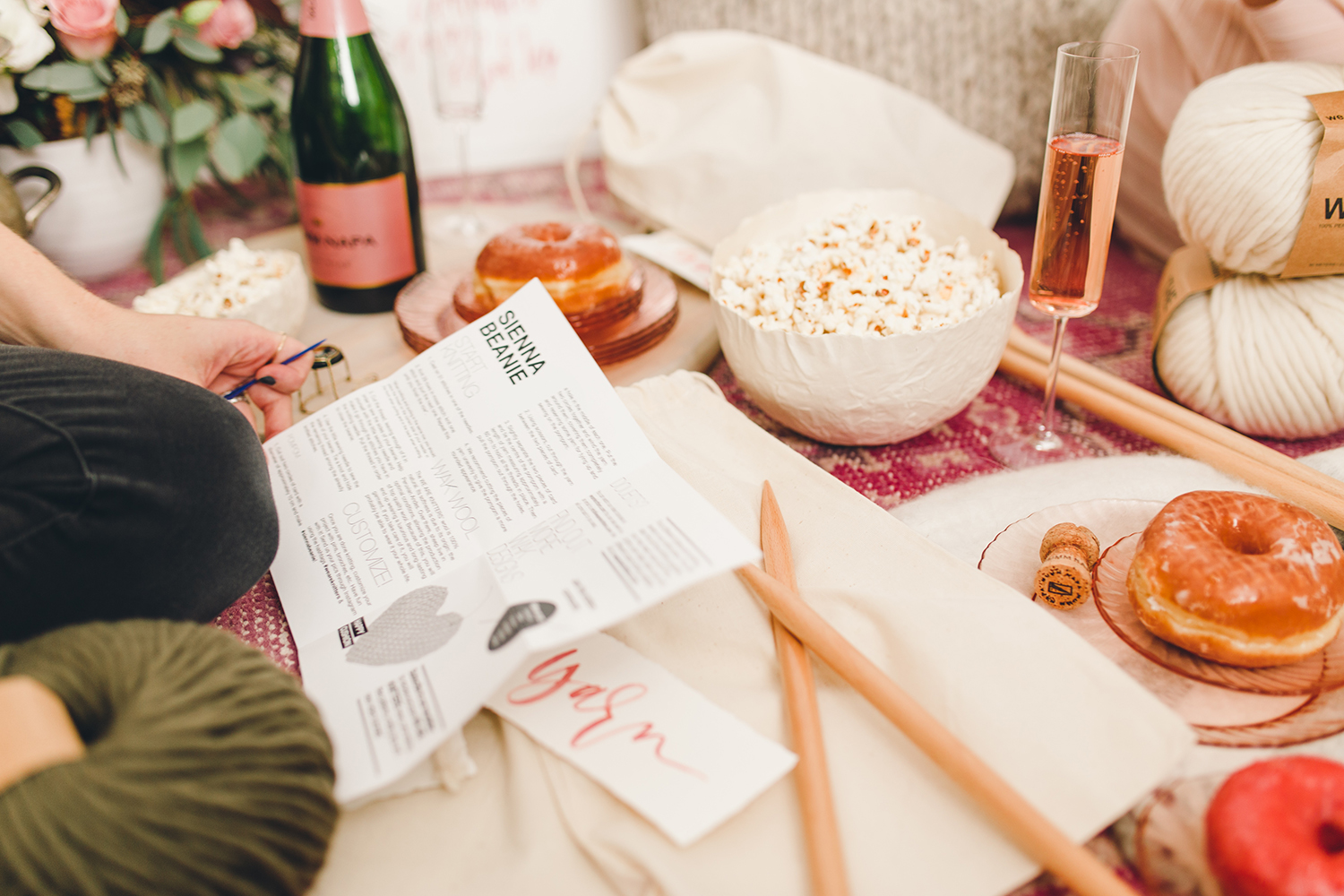 Host a knitting night with your girlfriends | A Fabulous Fete
