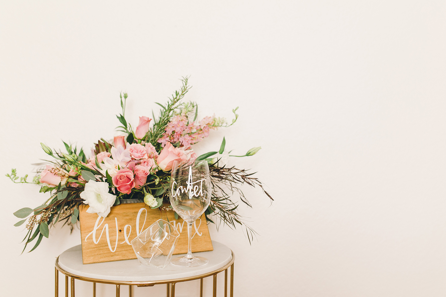 Create a welcome area at your holiday party | A Fabulous Fete