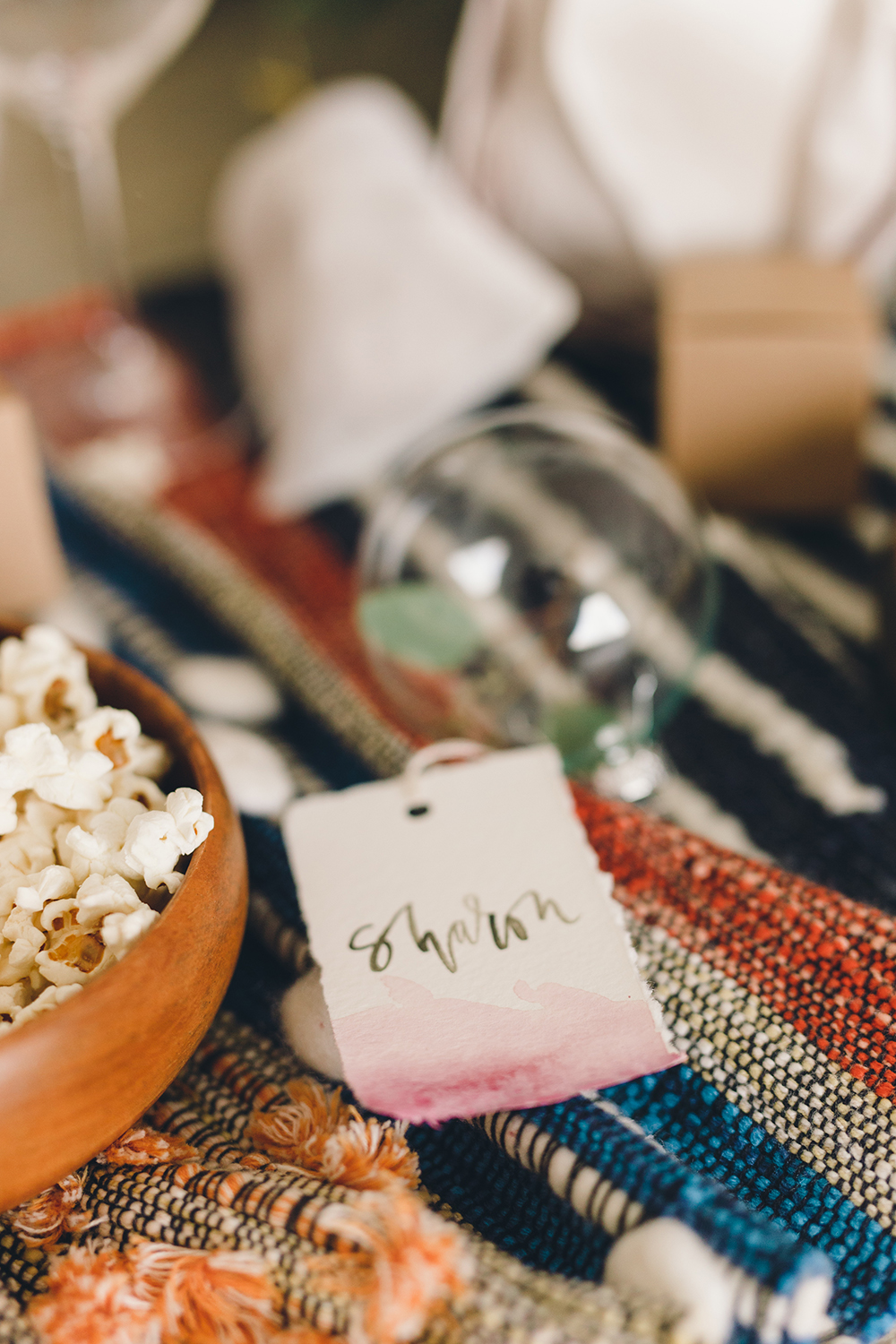 DIY watercolor tags to use as favors | A Fabulous Fete