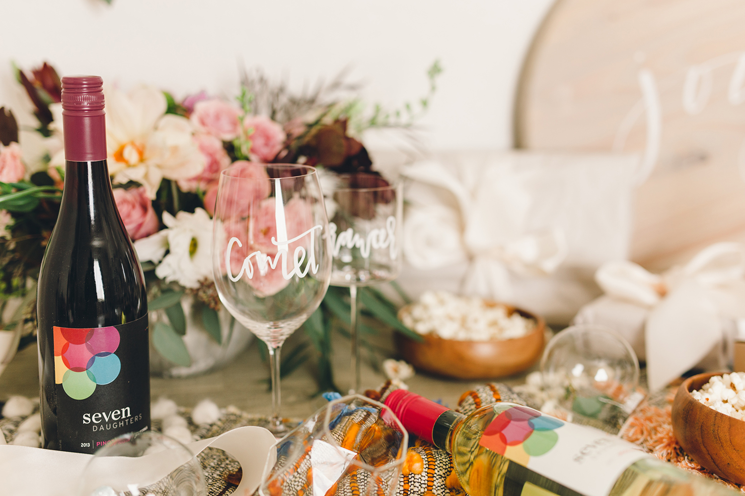Simple snacks and wine for your holiday party | A Fabulous Fete