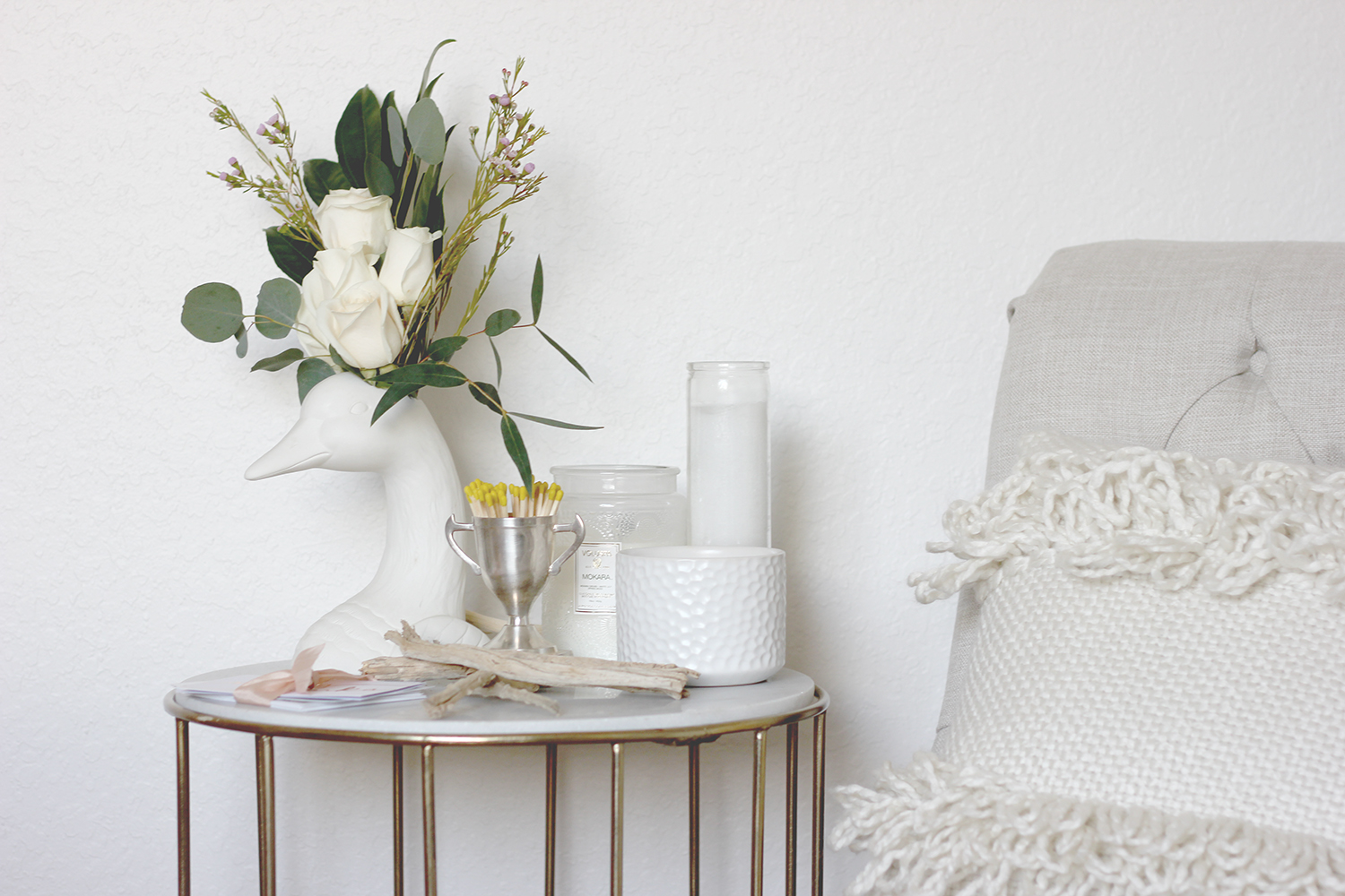 Neutral office decor | A Fabulous Fete