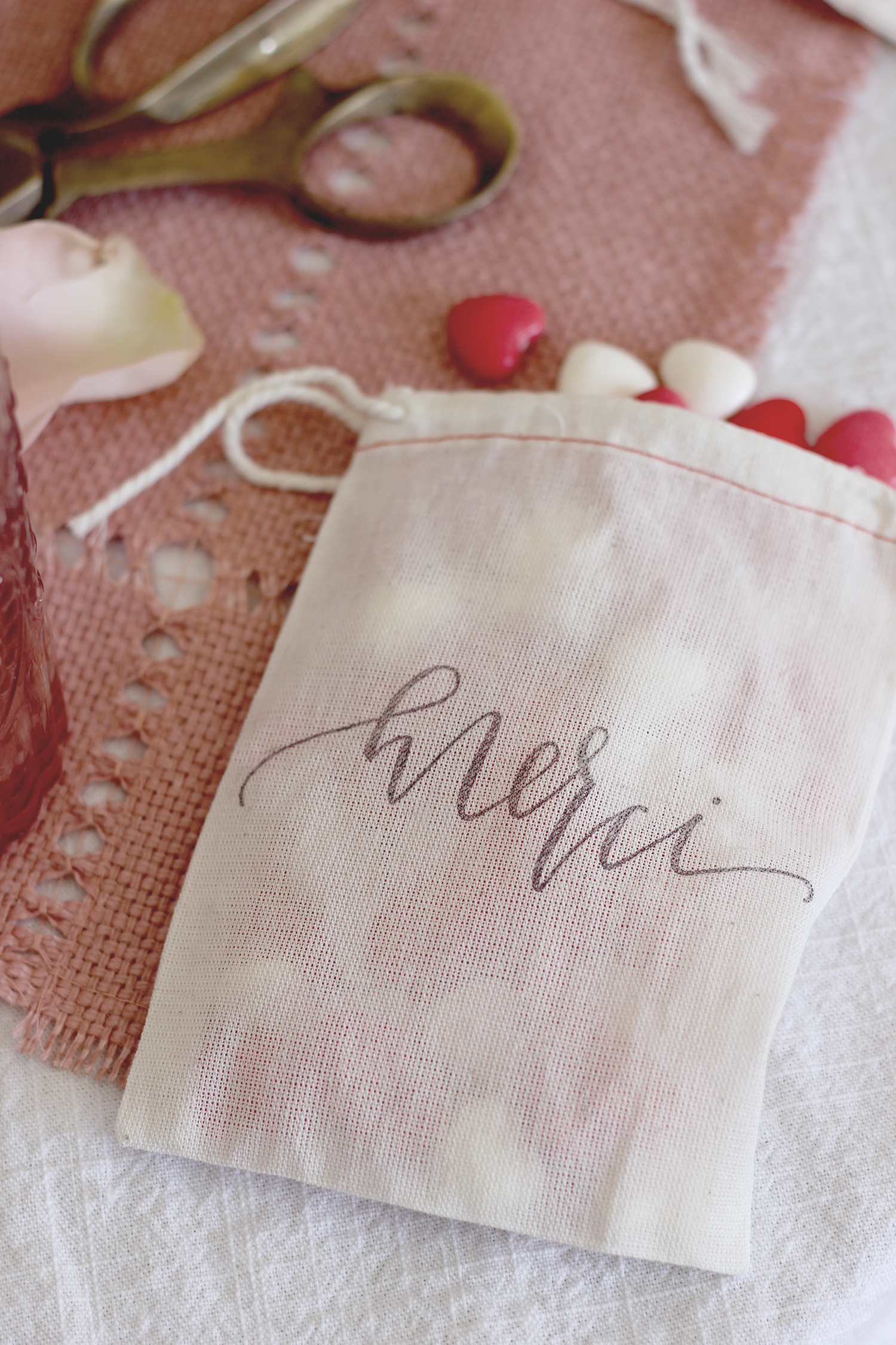 Custom stamped merci favor bags | A Fabulous Fete