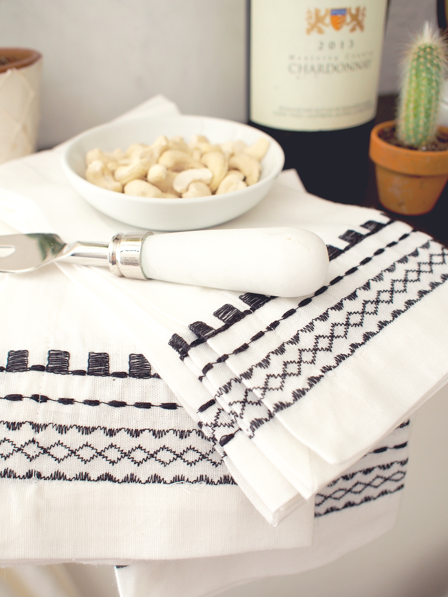 Embroidered napkins to have on hand for entertaining from Pottery Barn | A Fabulous Fete