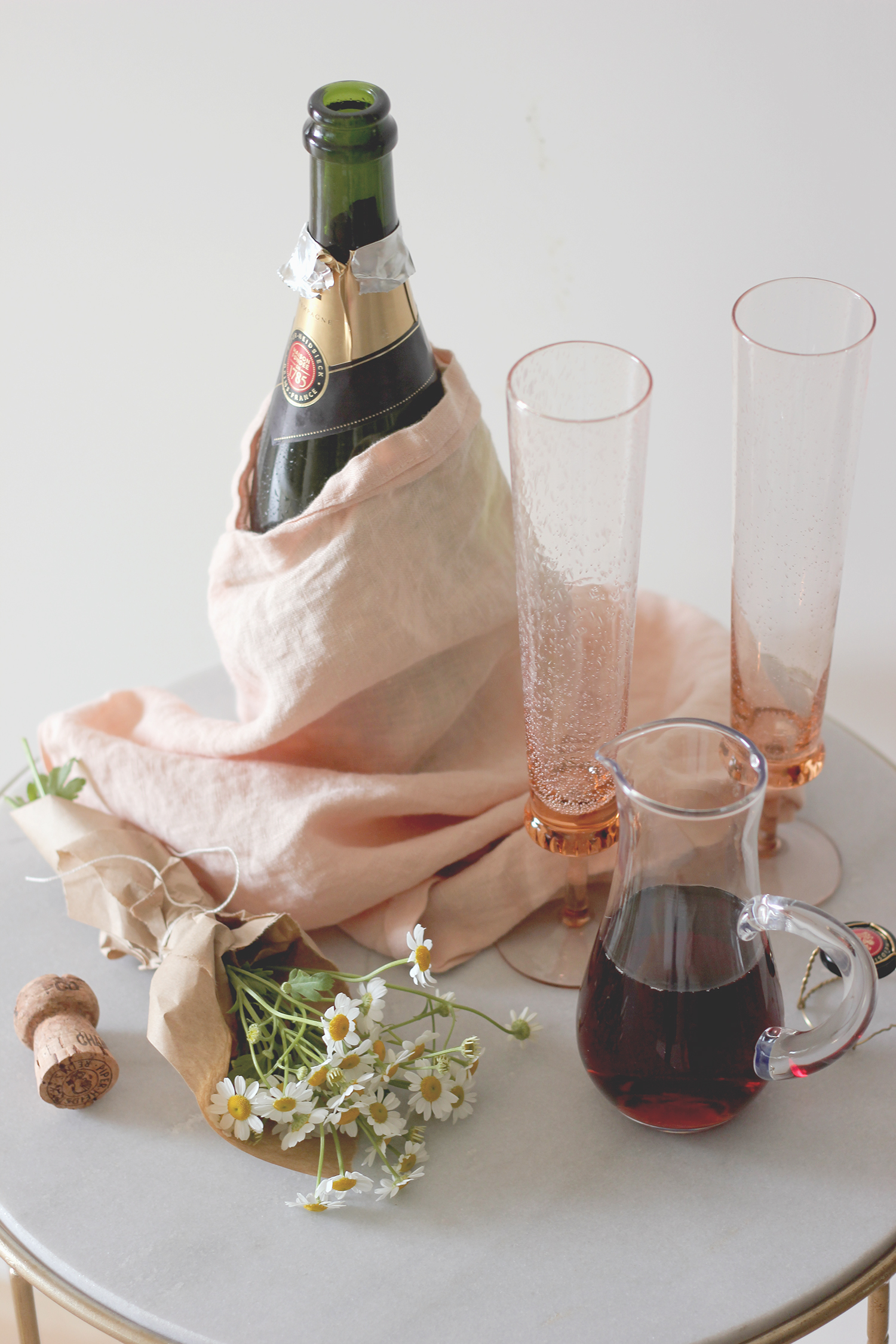 A simple and quick party cocktail with 3 ingredients | A Fabulous Fete
