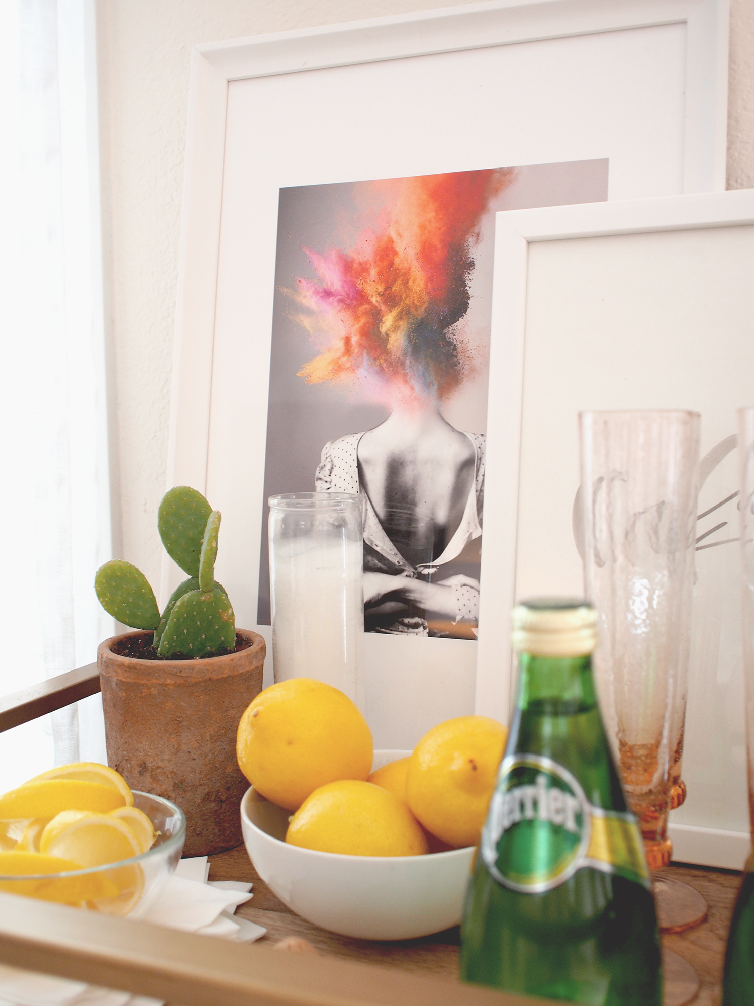 How to use art on your bar cart! | A Fabulous Fete
