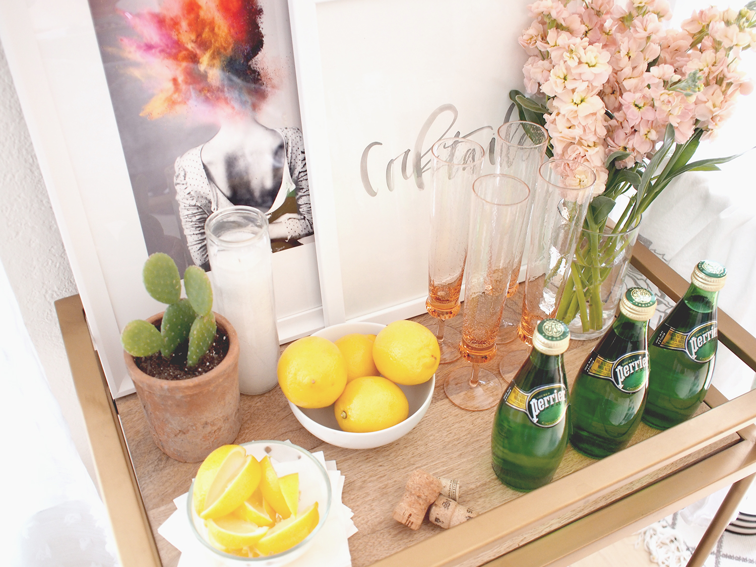 Bar cart decor that goes from spring to summer | A Fabulous Fete